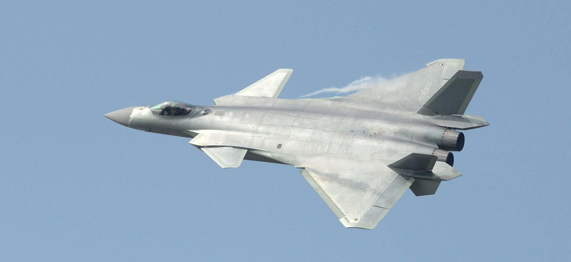 XINHUA Kineski amfibijski zrakoplov obavio prvi let