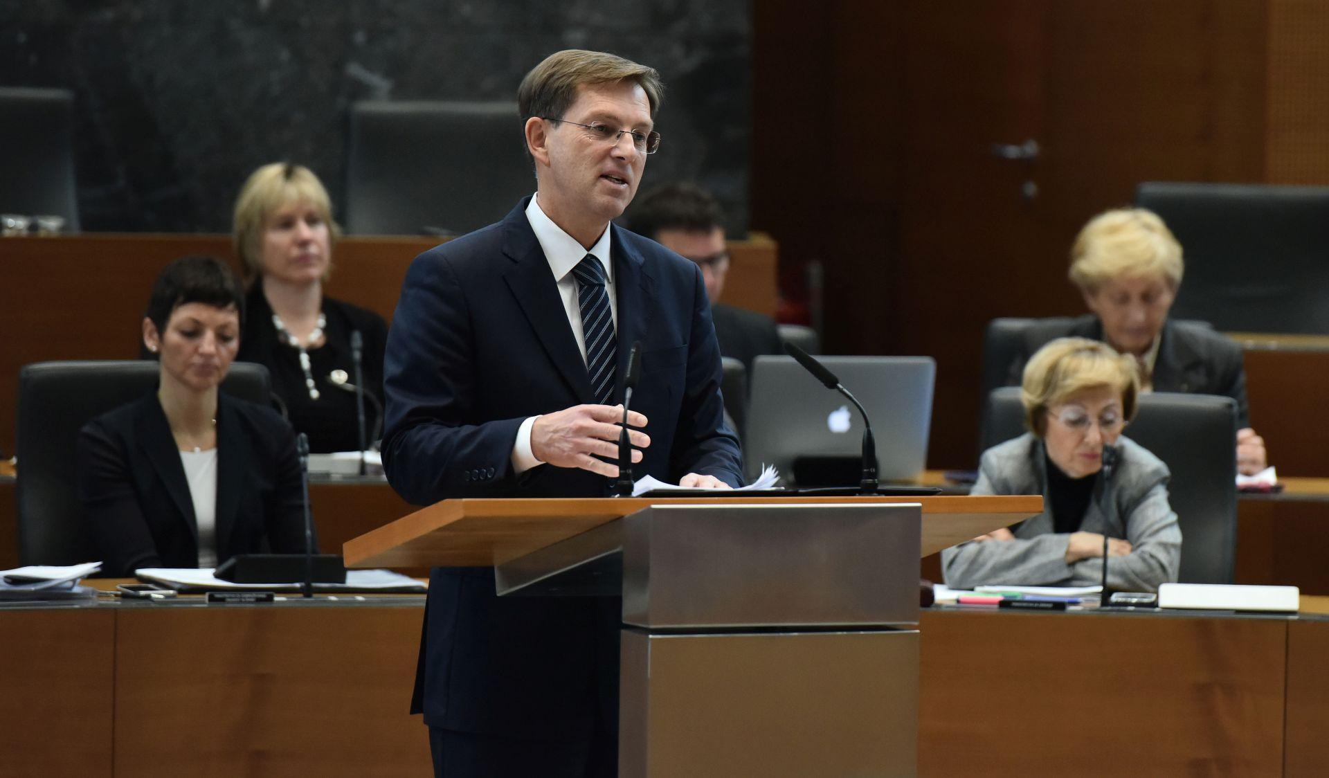 Cerar želi o schengenskom režimu razgovarati s Tuskom i Plenkovićem