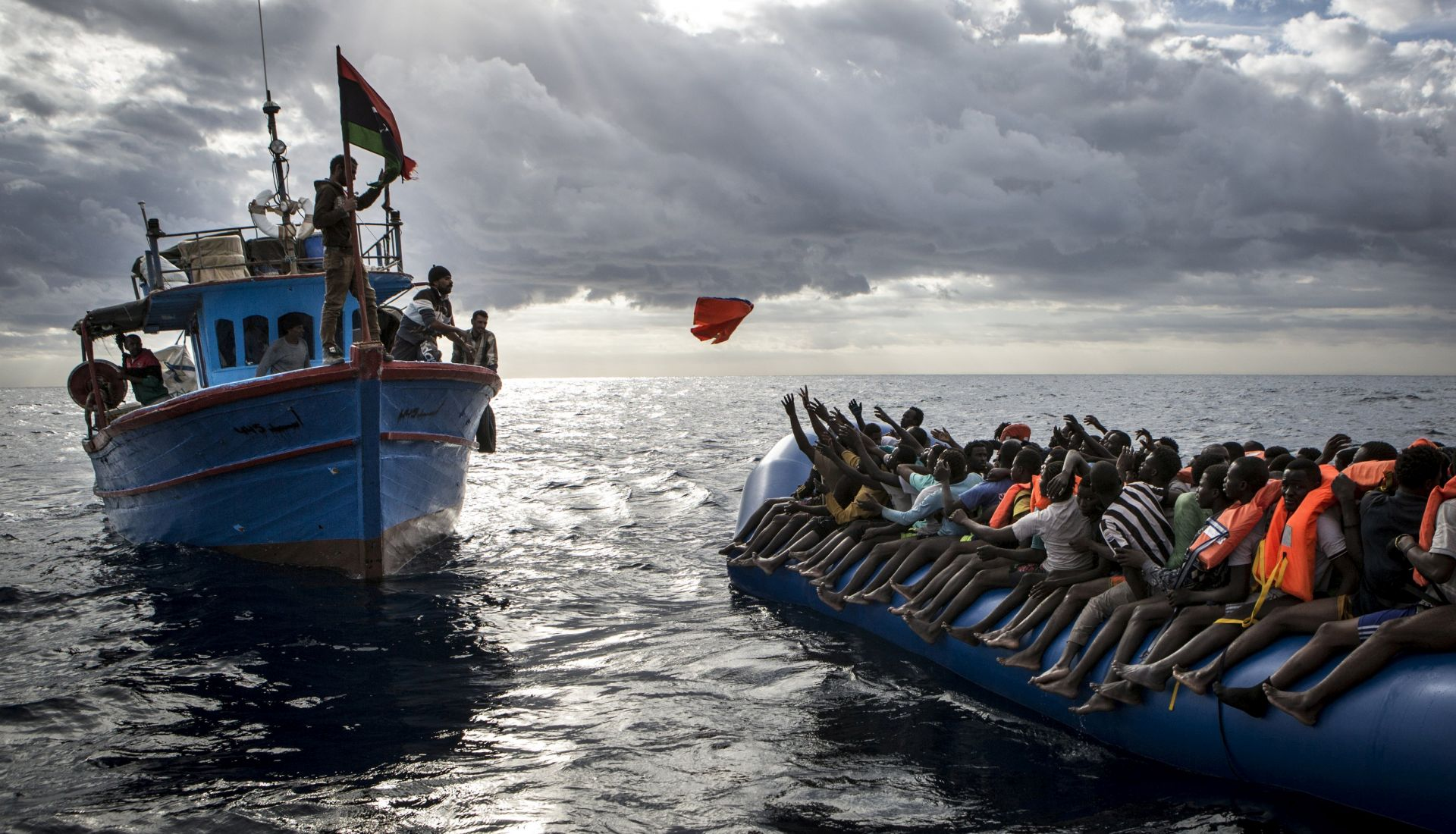 Talijanski tužitelj optužuje NGO za povezanost s krijumčarima migranata