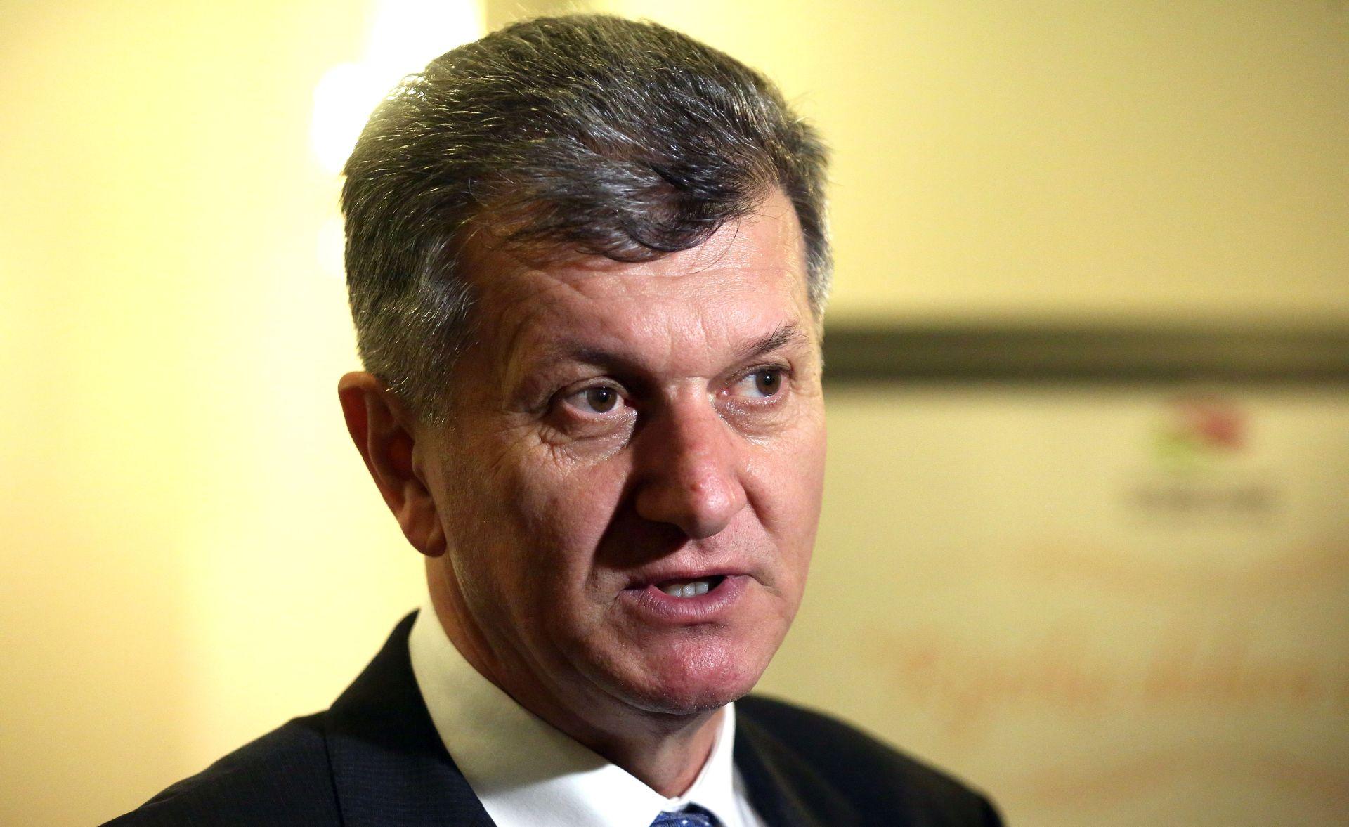 KUJUNDŽIĆ 'U Vladi postignut dogovor oko isplate dijela duga veledrogerijama'