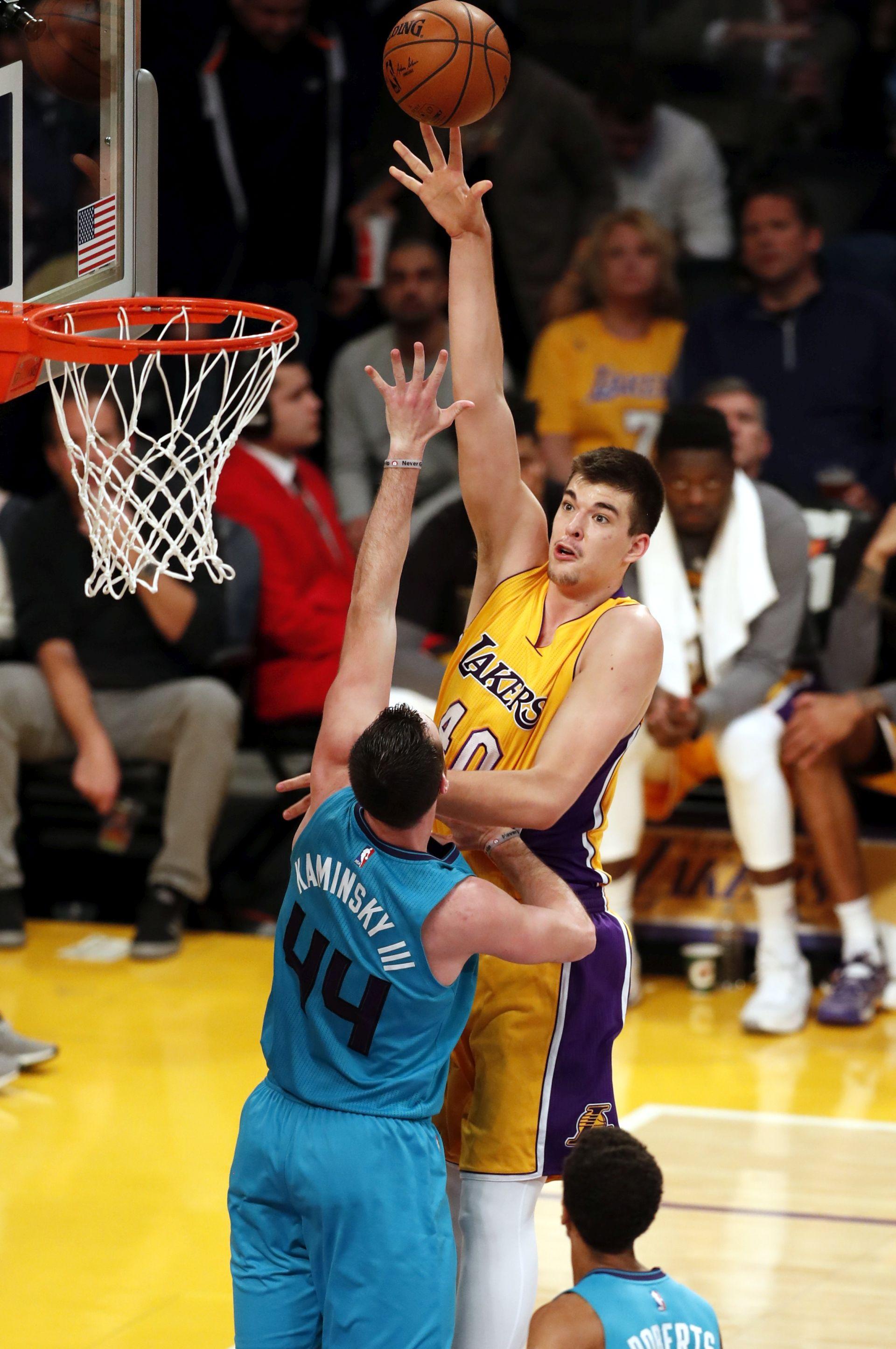 NBA Lakersi iznenadili Spurse, Zubac odličan