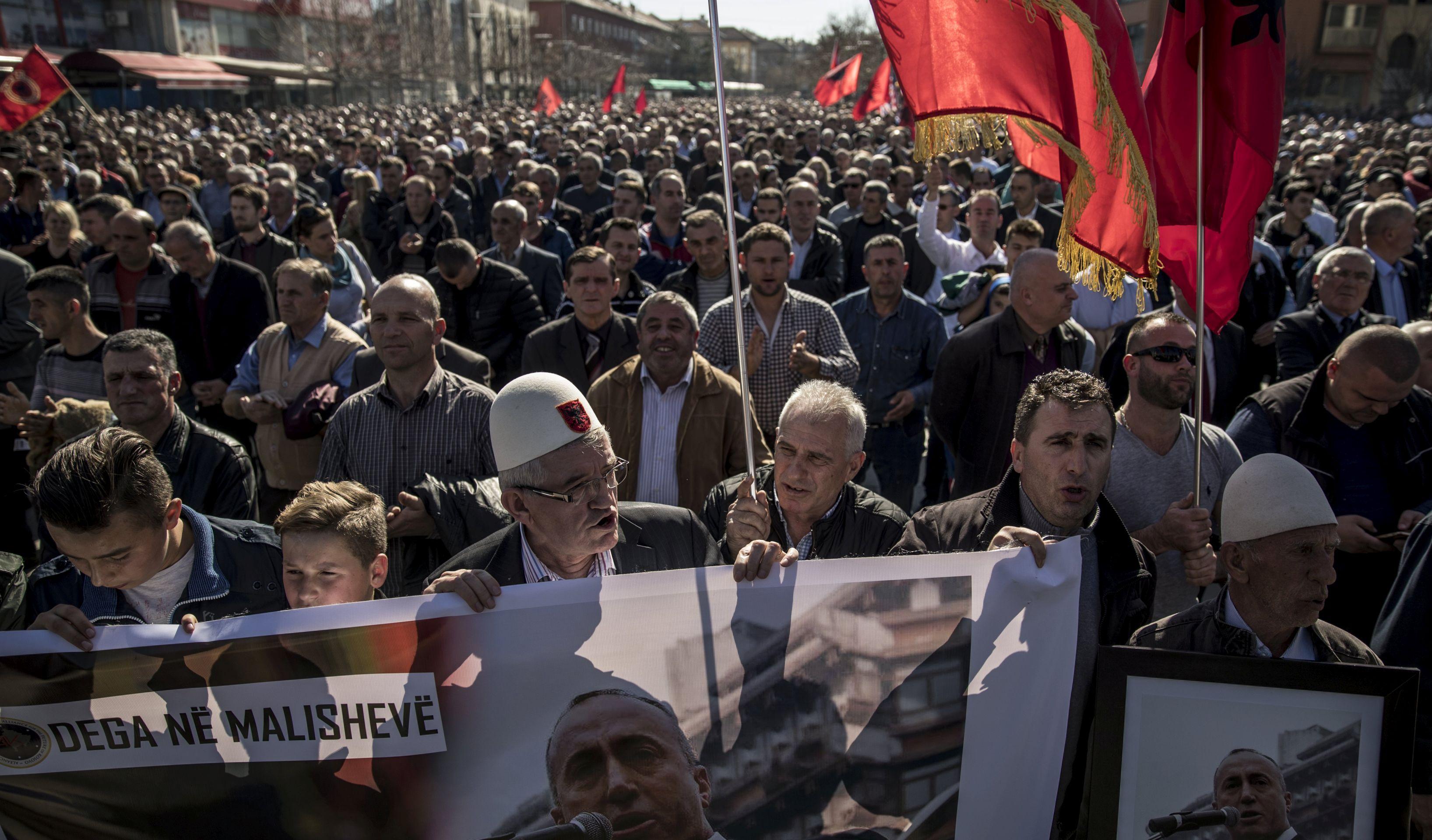 Haradinaj poručuje iz Francuske da je žrtva političkog progona