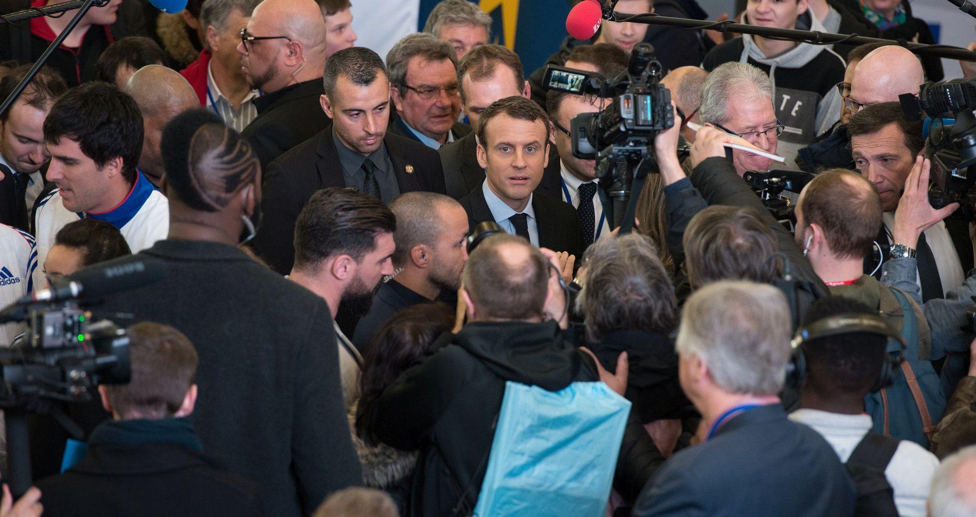 Macron napada Nacionalnu frontu
