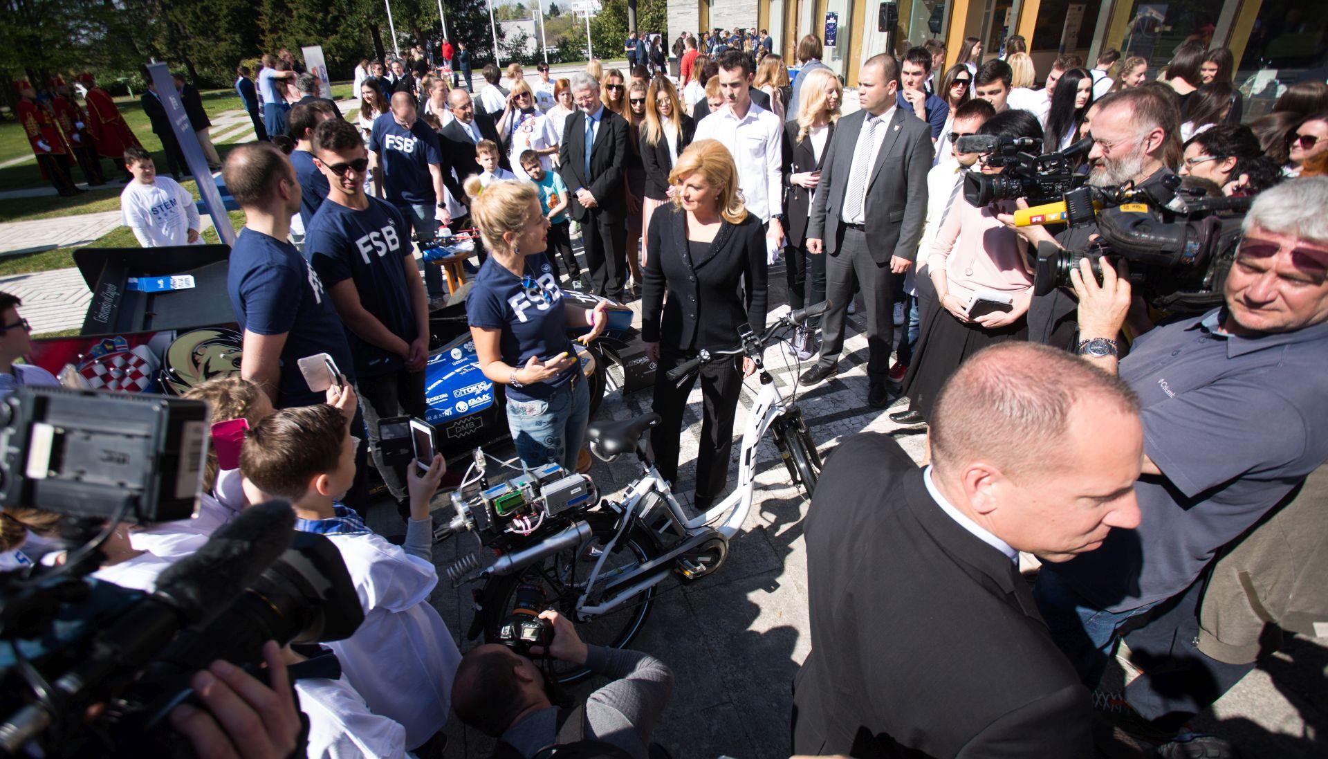 'Znanstveni piknik' na Danu otvorenih vrata Ureda predsjednice