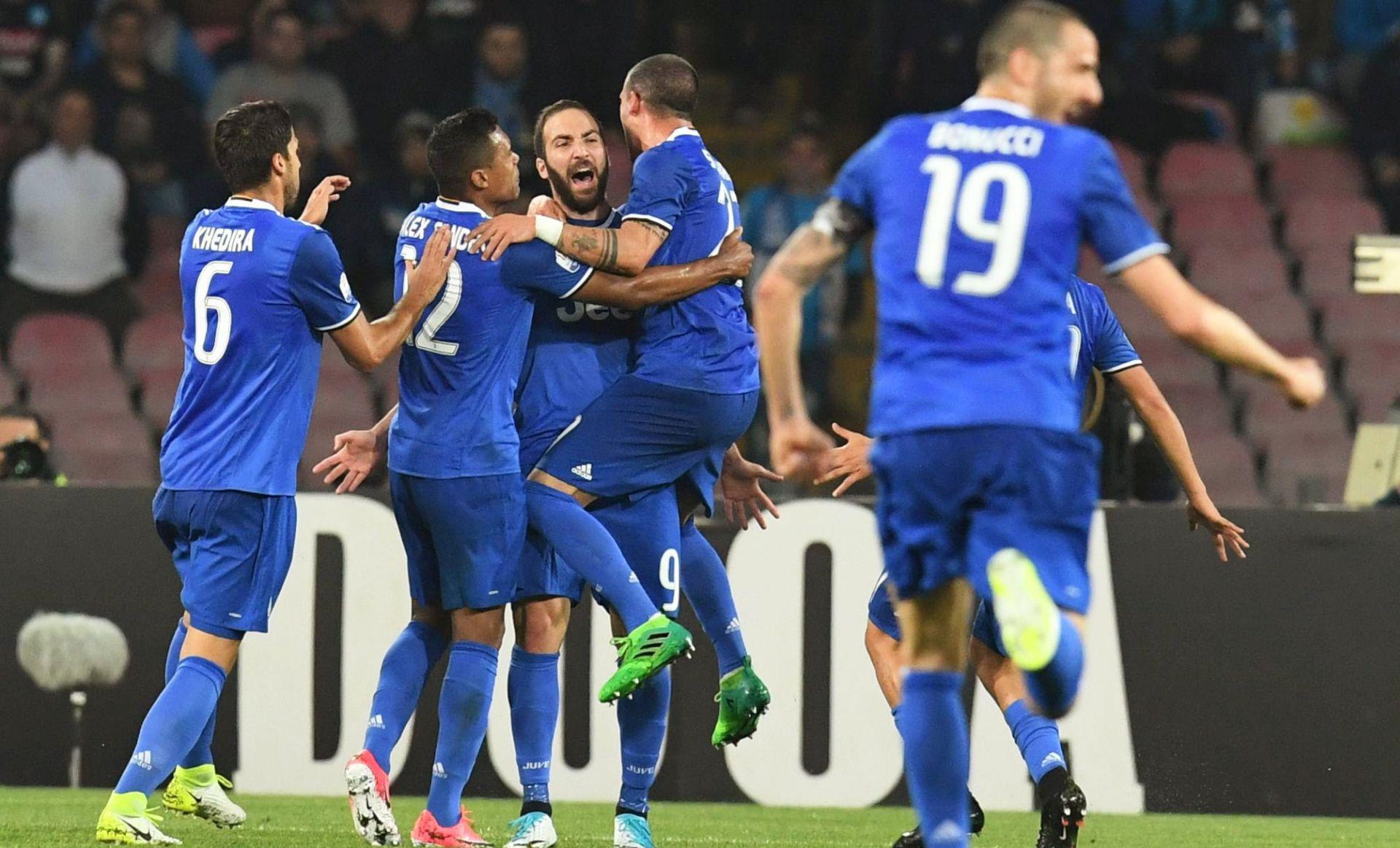 KUP ITALIJE Pobjeda Napolija, ali Juventus je u finalu
