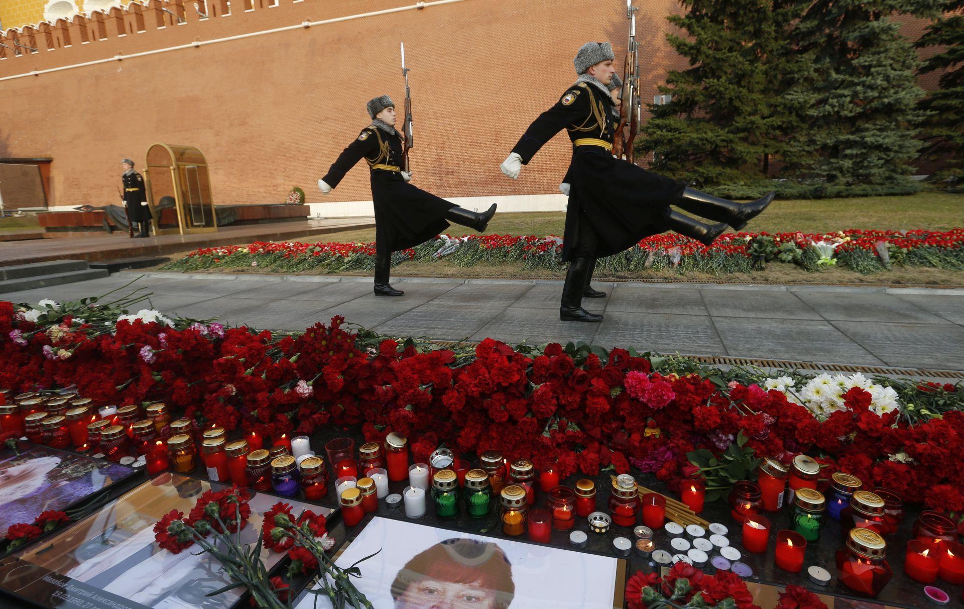 Broj žrtava atentata na Sankt Peterburg narastao na 14