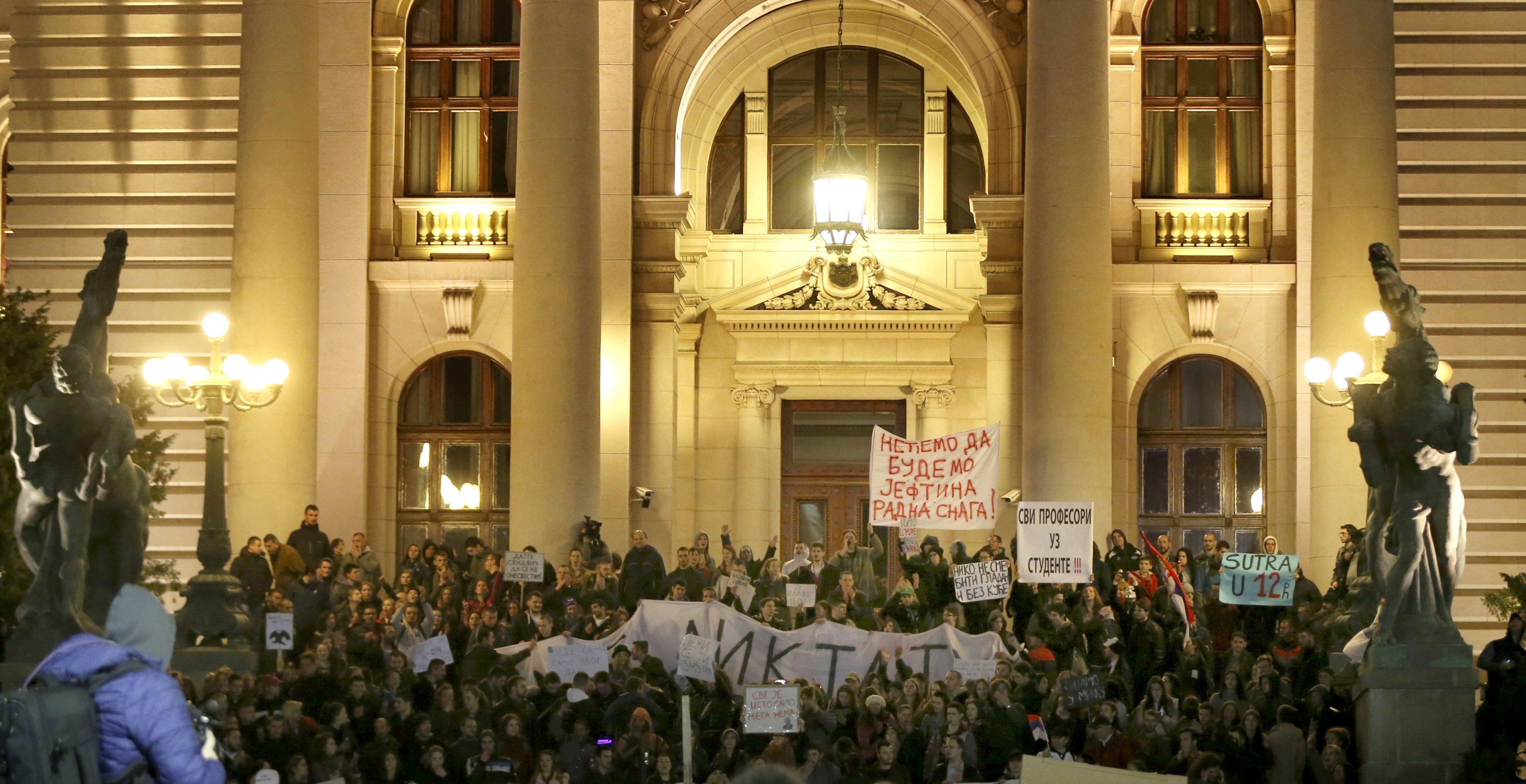 Nastavljeni prosvjedi diljem Srbije