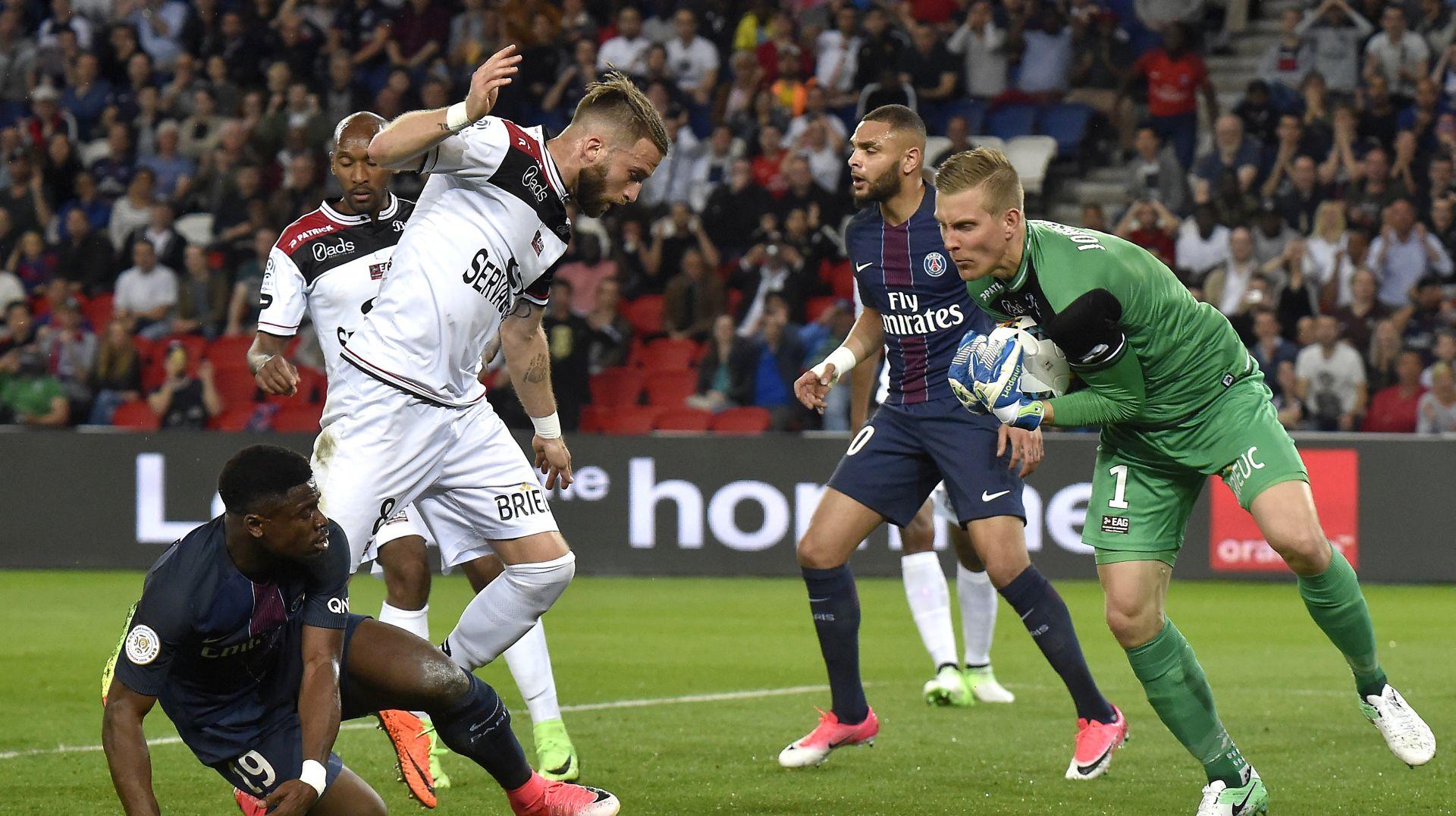 LIGUE 1 Dva gola Cavanija, PSG se vratio na drugo mjesto