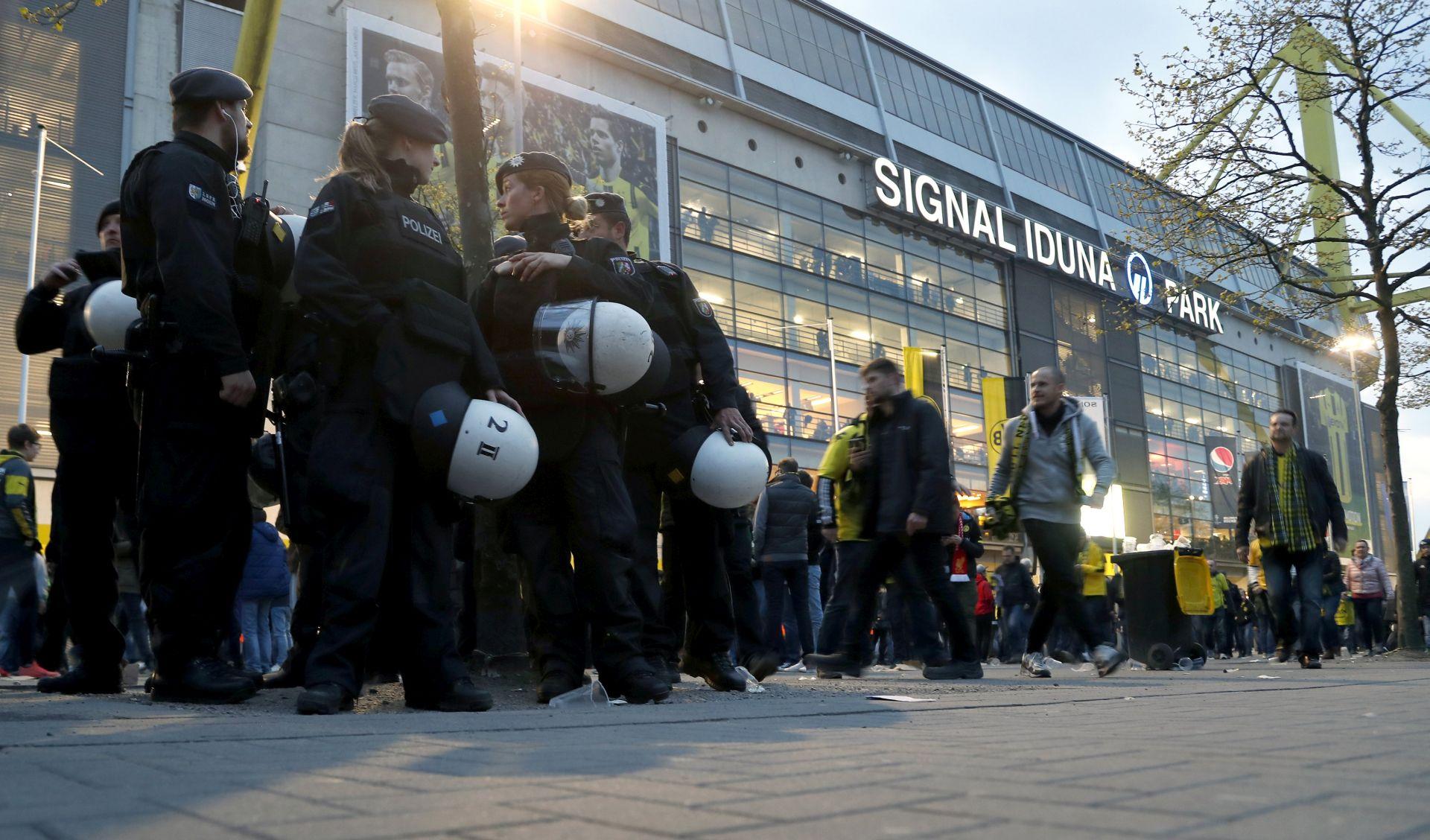 Eksplozije u Dortmundu policija zasad ne smatra terorističkim napadom