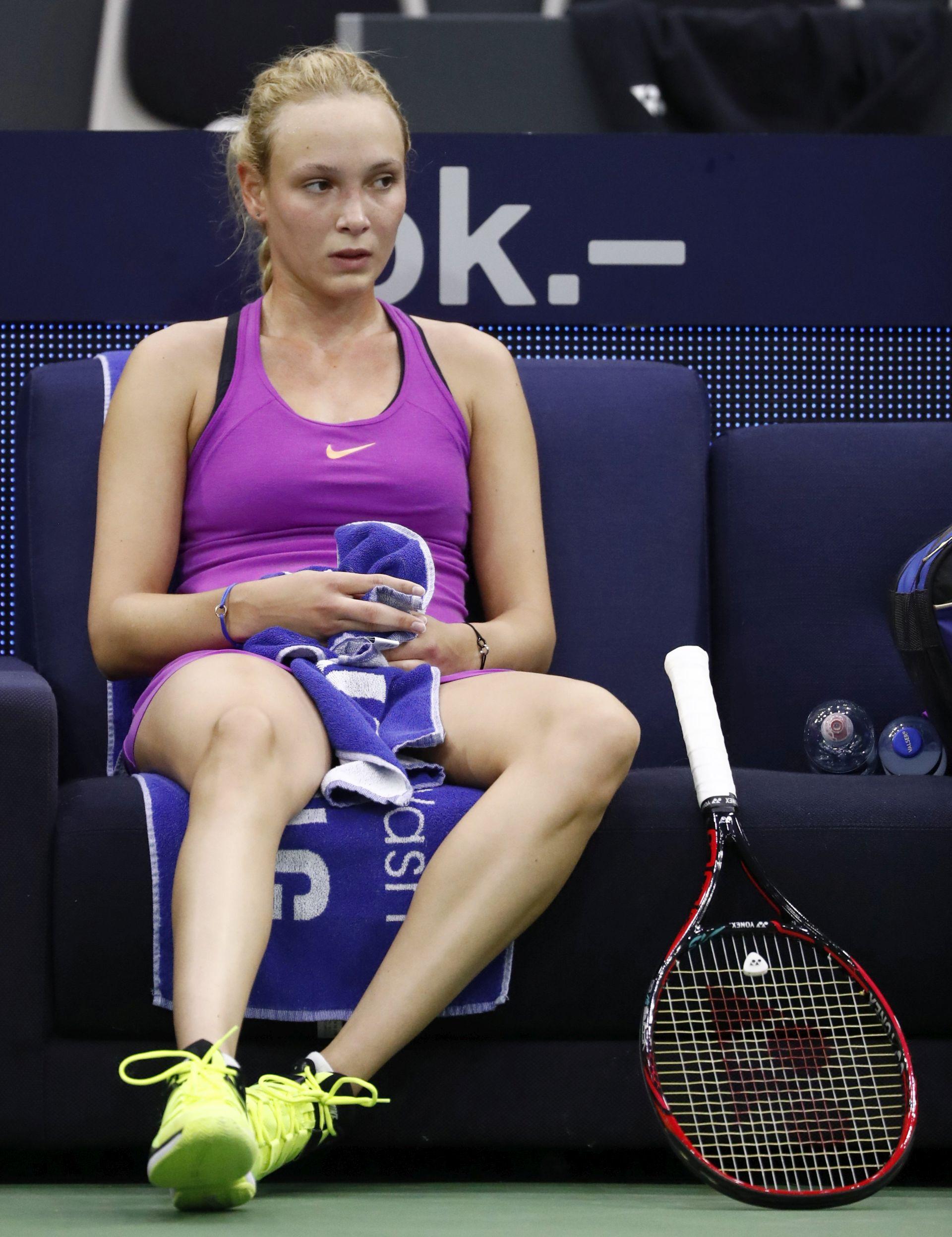 WTA Miami: Problemi s leđima zaustavili Vekić