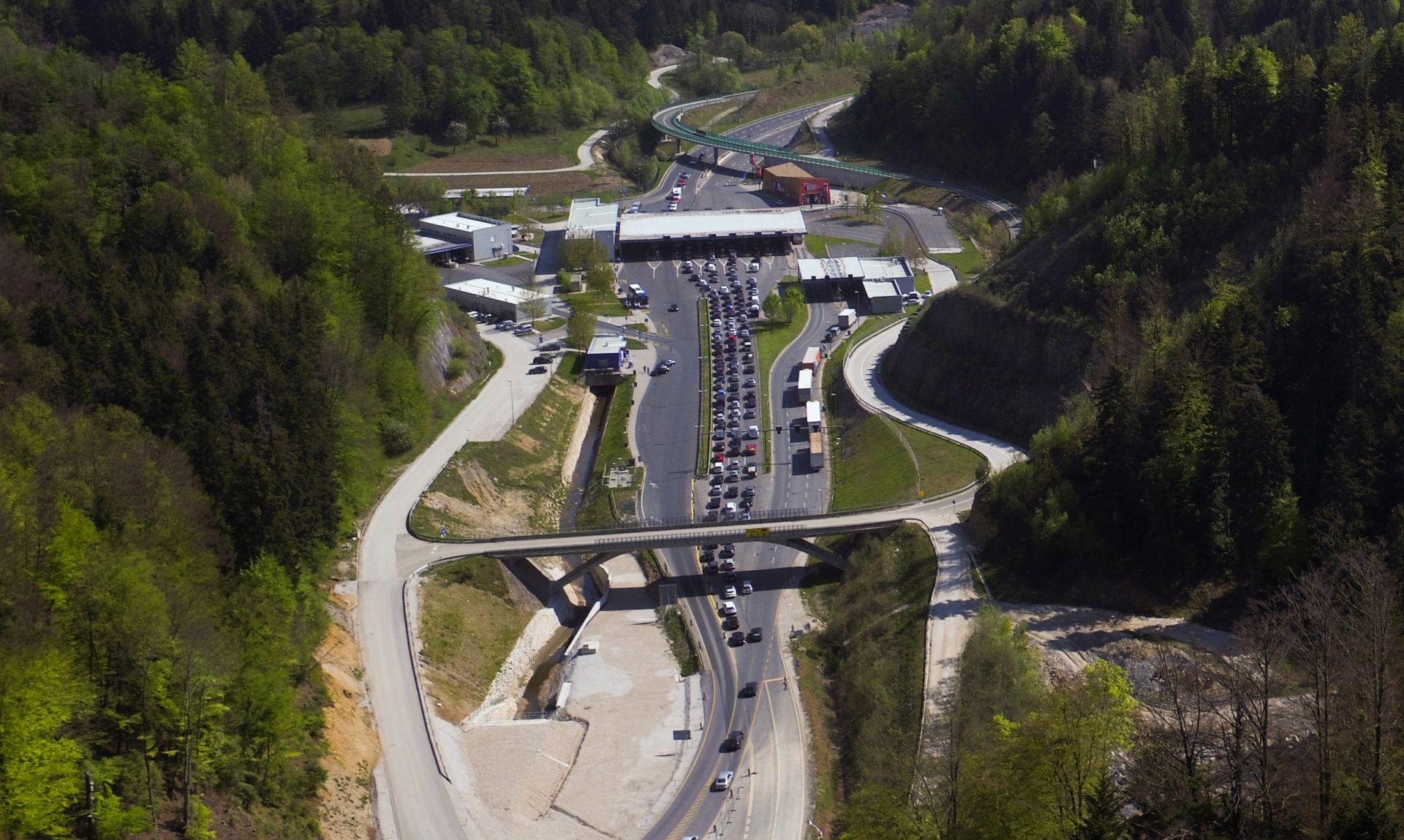 HAK Na autocesti A1 gust promet i kilometarske kolone