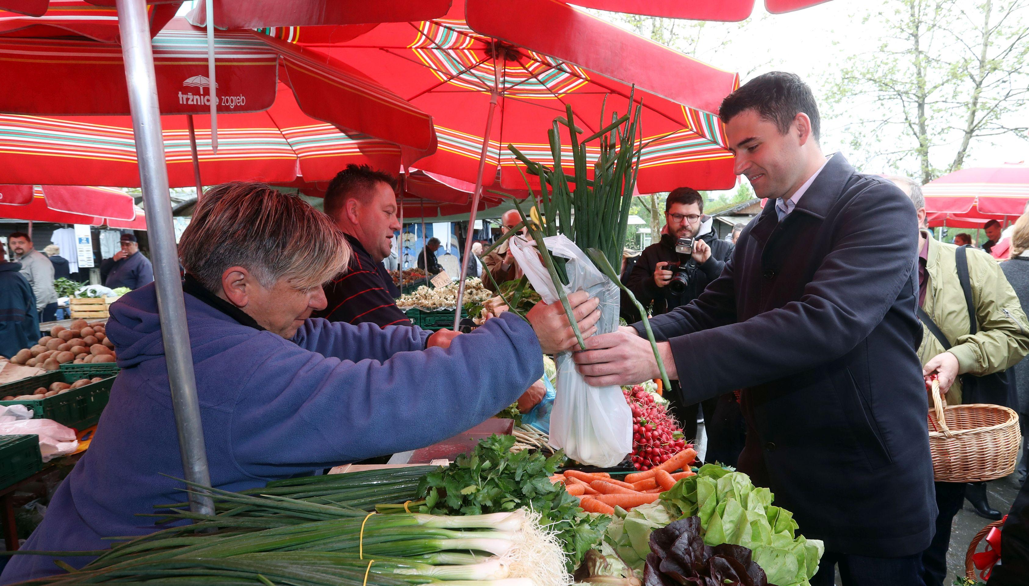 BERNARDIĆ Vlada s 'lex Agrokor' kupuje vrijeme zbog lokalnih izbora
