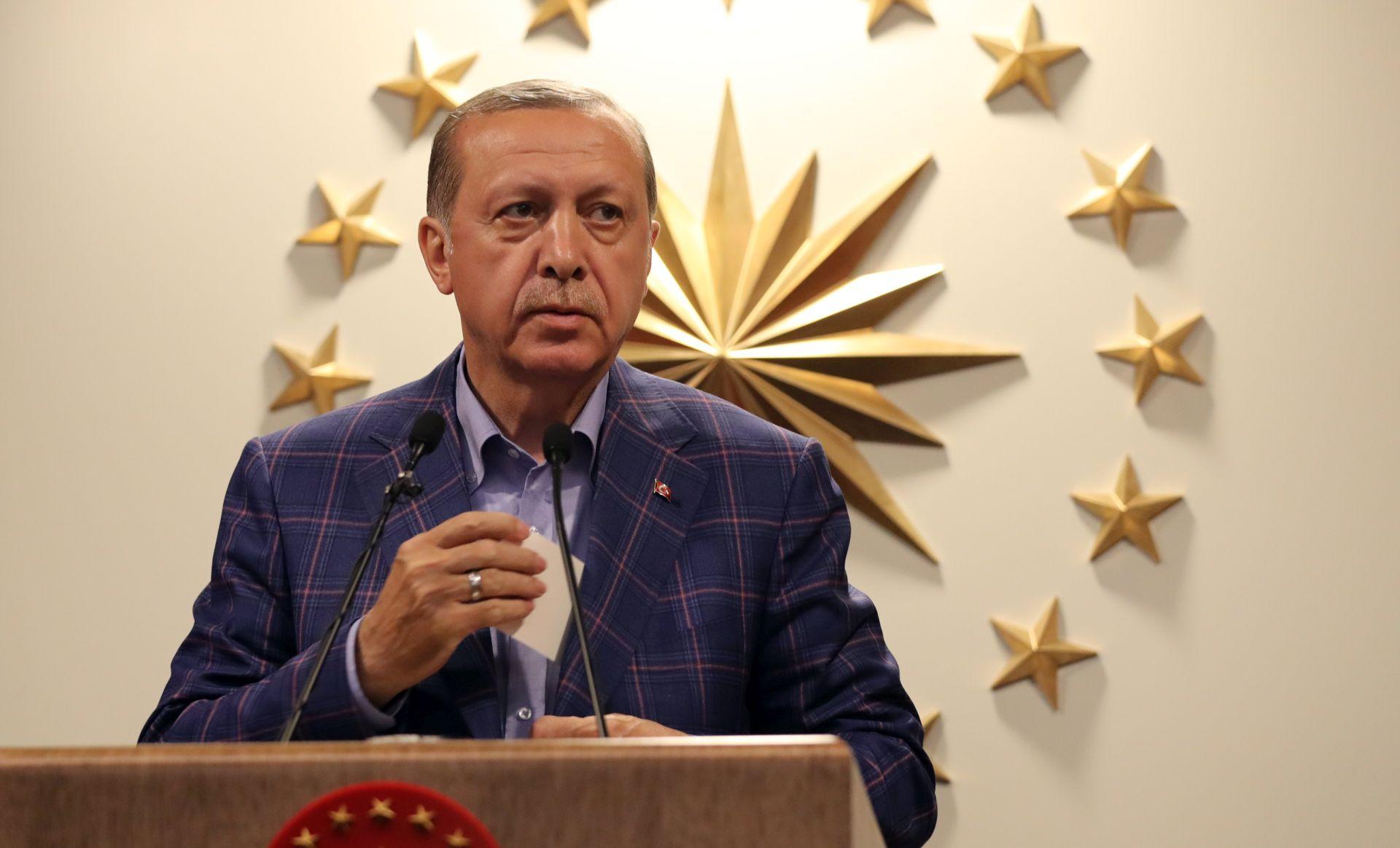 Putin čestitao Erdoganu na pobjedi na referendumu