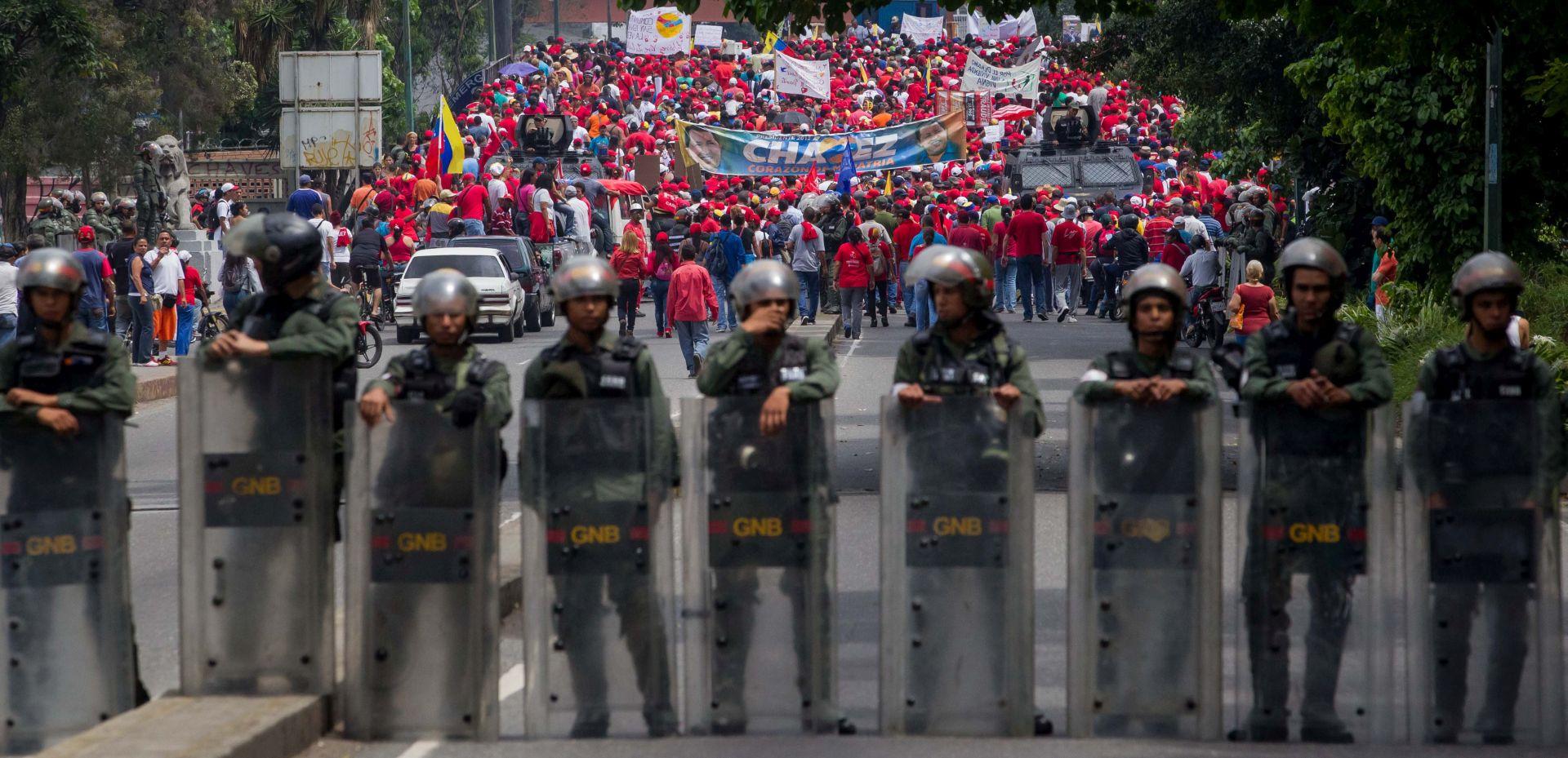 Vlasti Venezuele sve teže regrutiraju snage sigurnosti