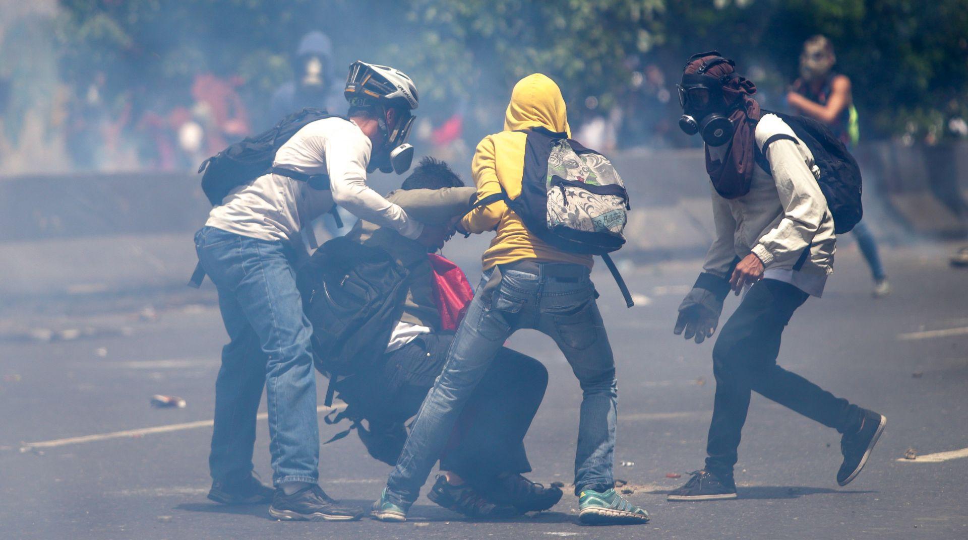 Dvoje mrtvih u prosvjedima u Venezueli