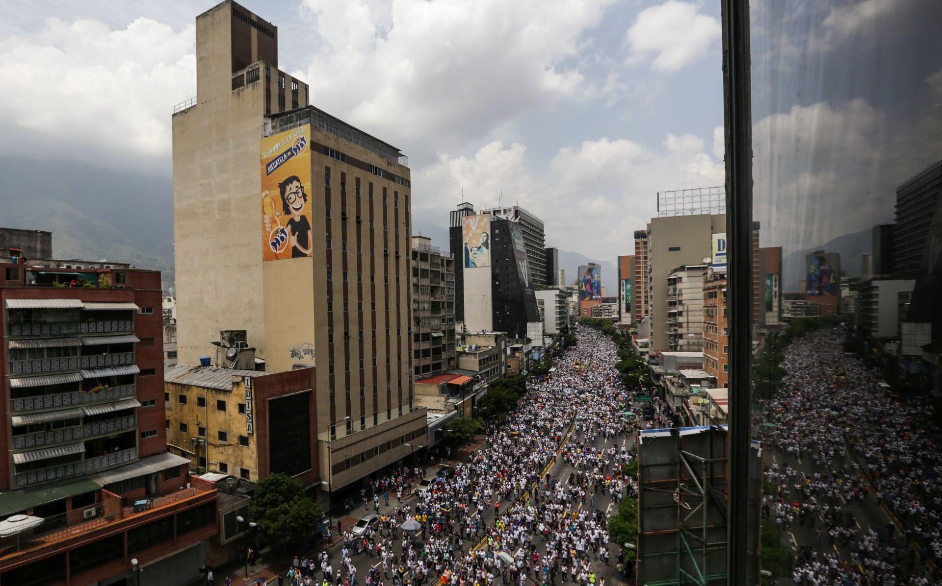 VENEZUELA Oporba i dalje pritišće Madura