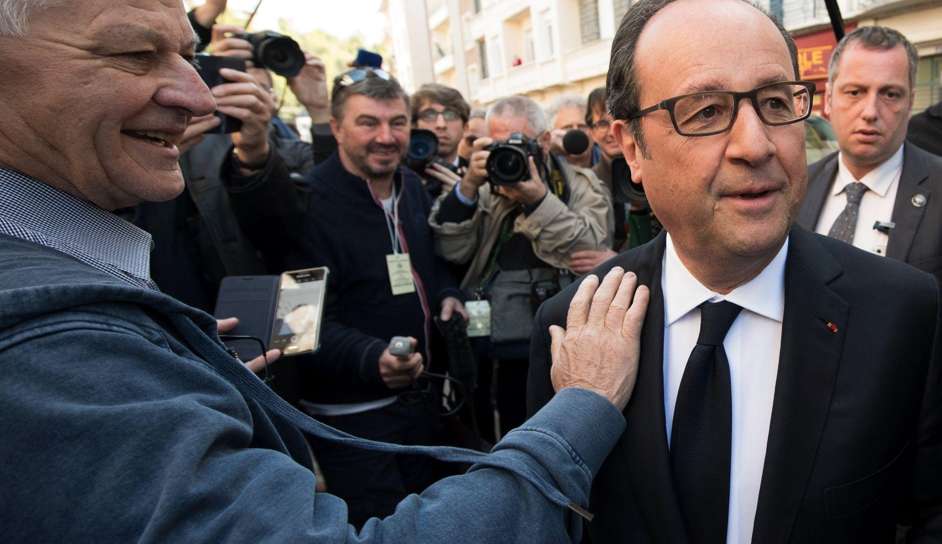 Hollande poziva Francuze da pokažu da je demokracija jača od svega