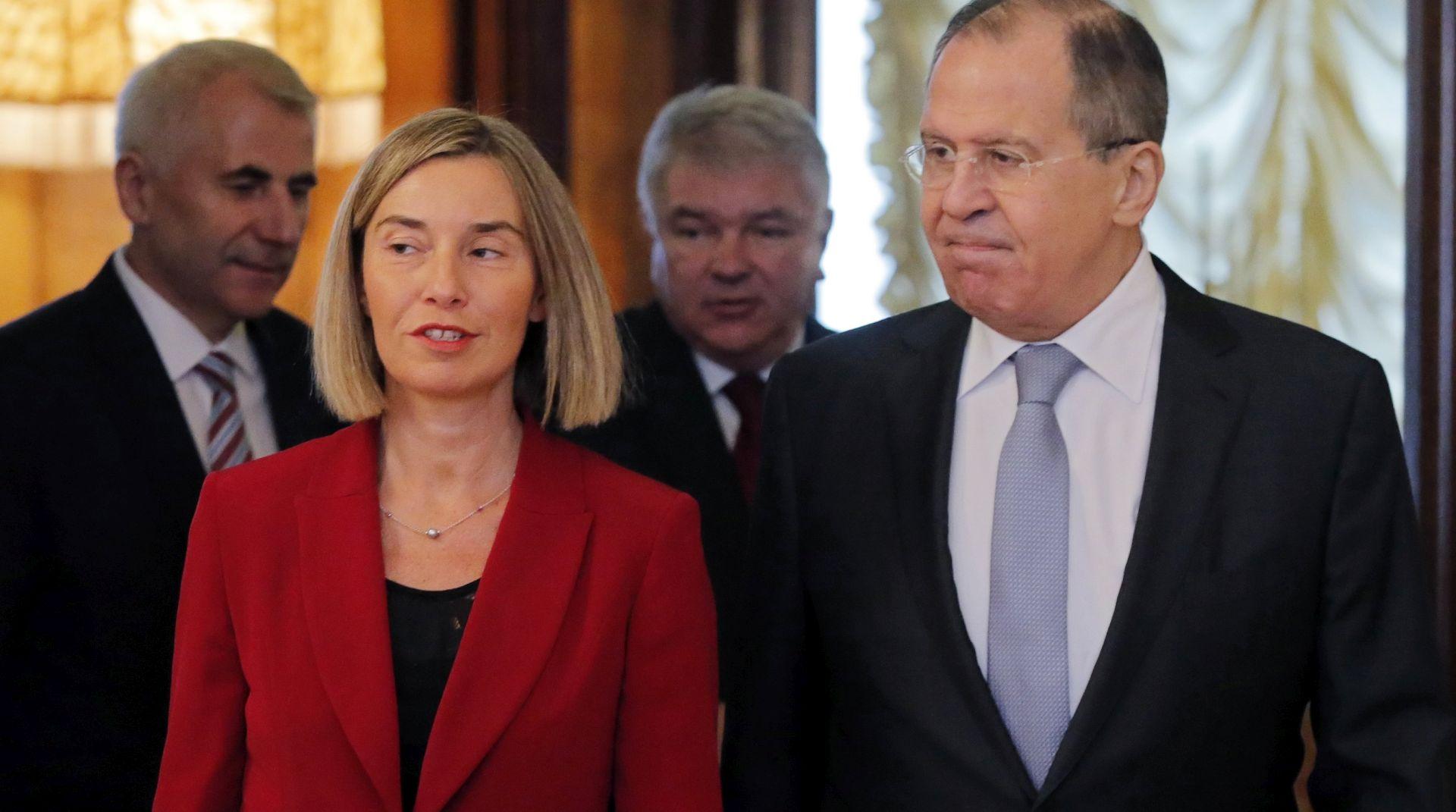 UKRAJNA Istraga o smrti promatrača; Mogherini i Lavrov za poštivanje sporazuma