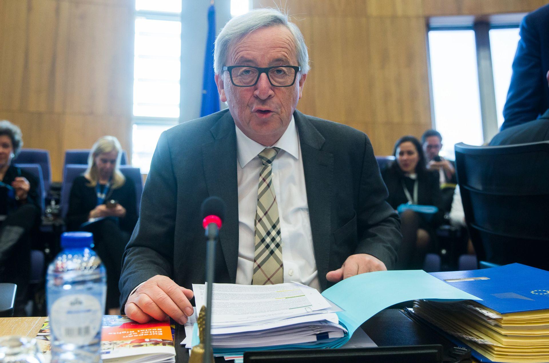 Juncker spreman u subotu razgovarati s Plenkovićem i Cerarom o gužvama na granicama