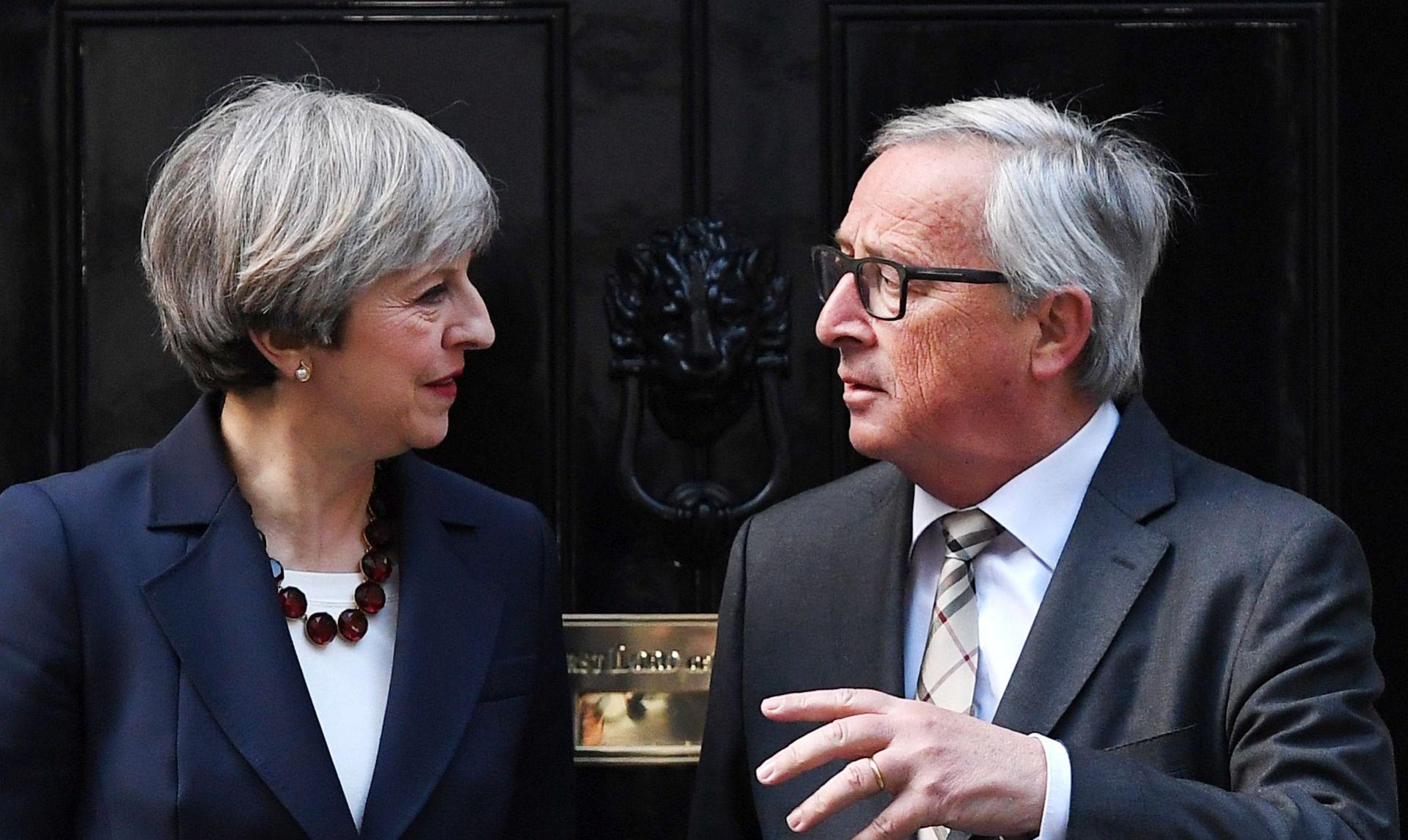 May uvjerava kako nije iz druge galaksije glede Brexita