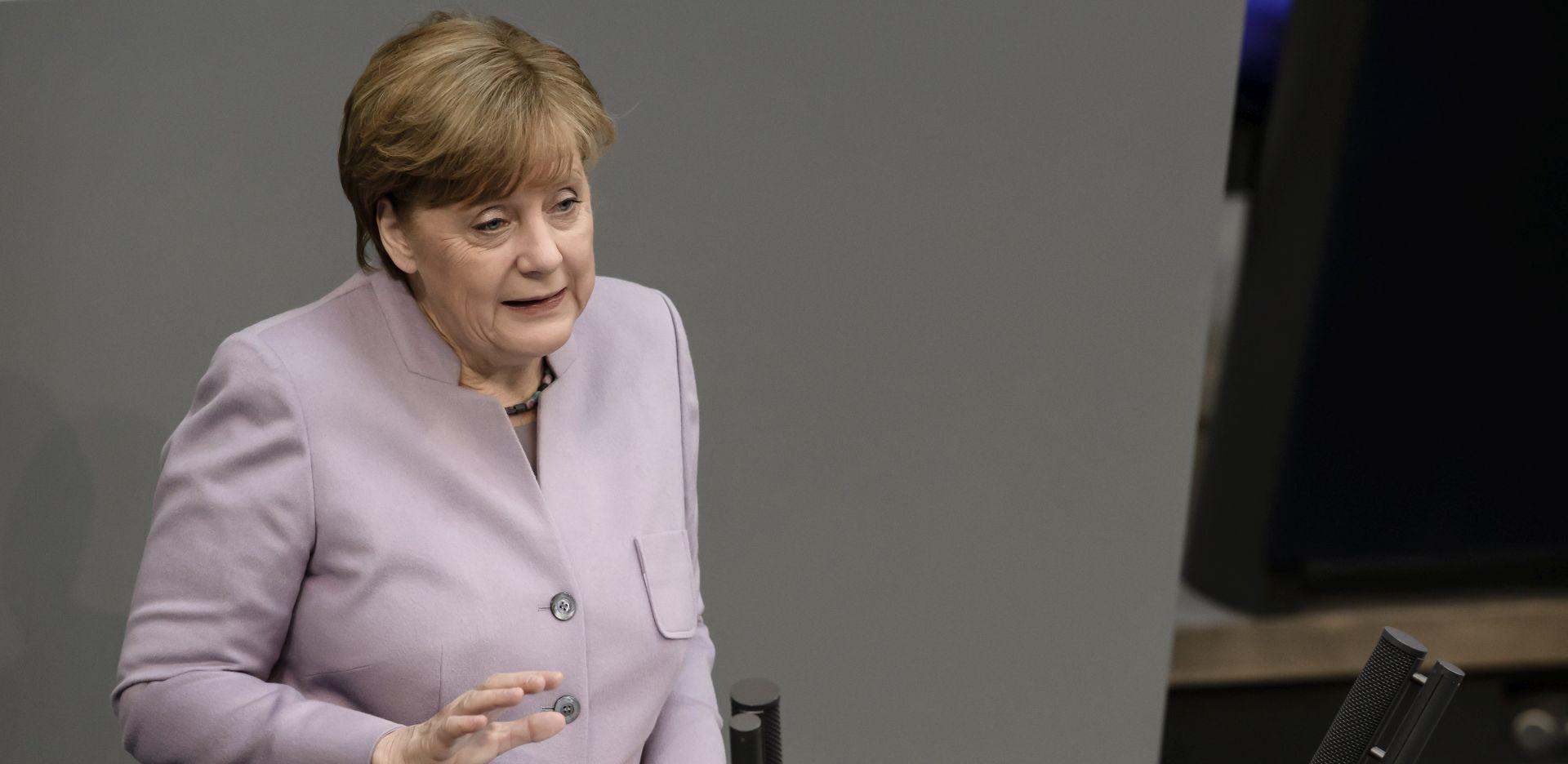 Merkel poziva Saudijsku Arabiju da okonča zračne udare u Jemenu