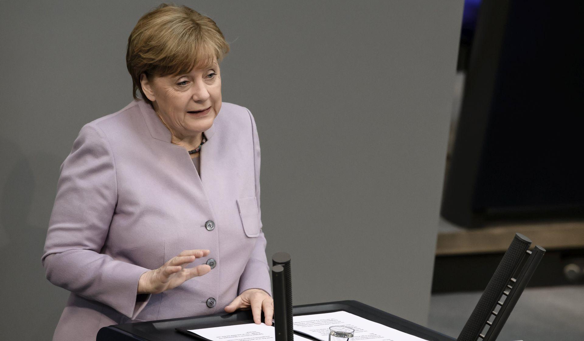 MERKEL 'Velika Britanija neće imati ista prava kao neka zemlja članica EU-a'