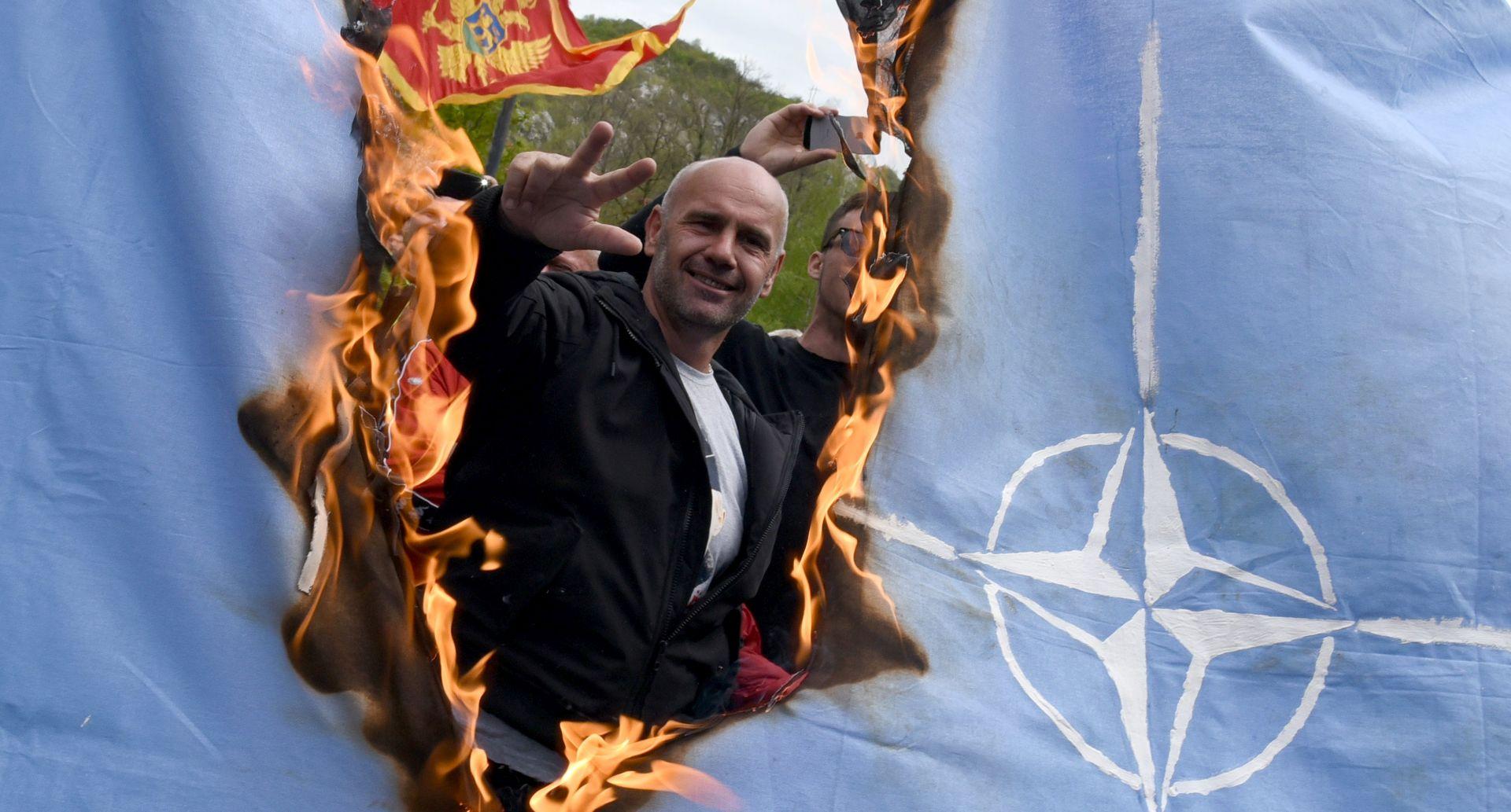 Rusija kritizira odluku Crne Gore da pristupu NATO-u