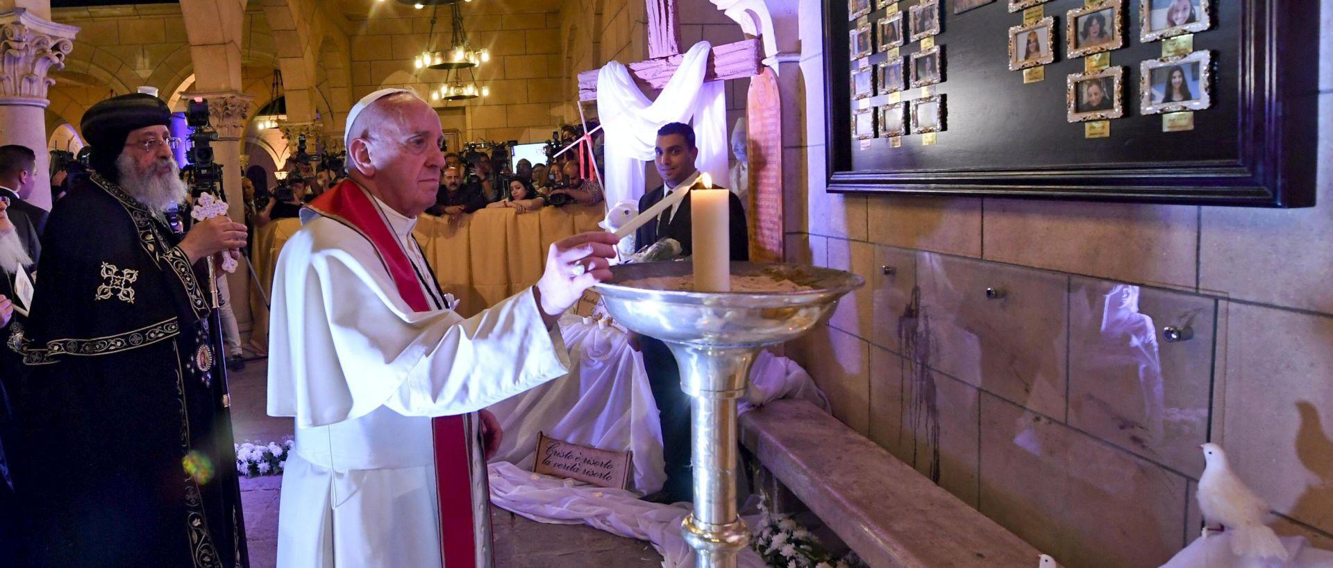 EGIPAT Papa Franjo s katoličkom zajednicom