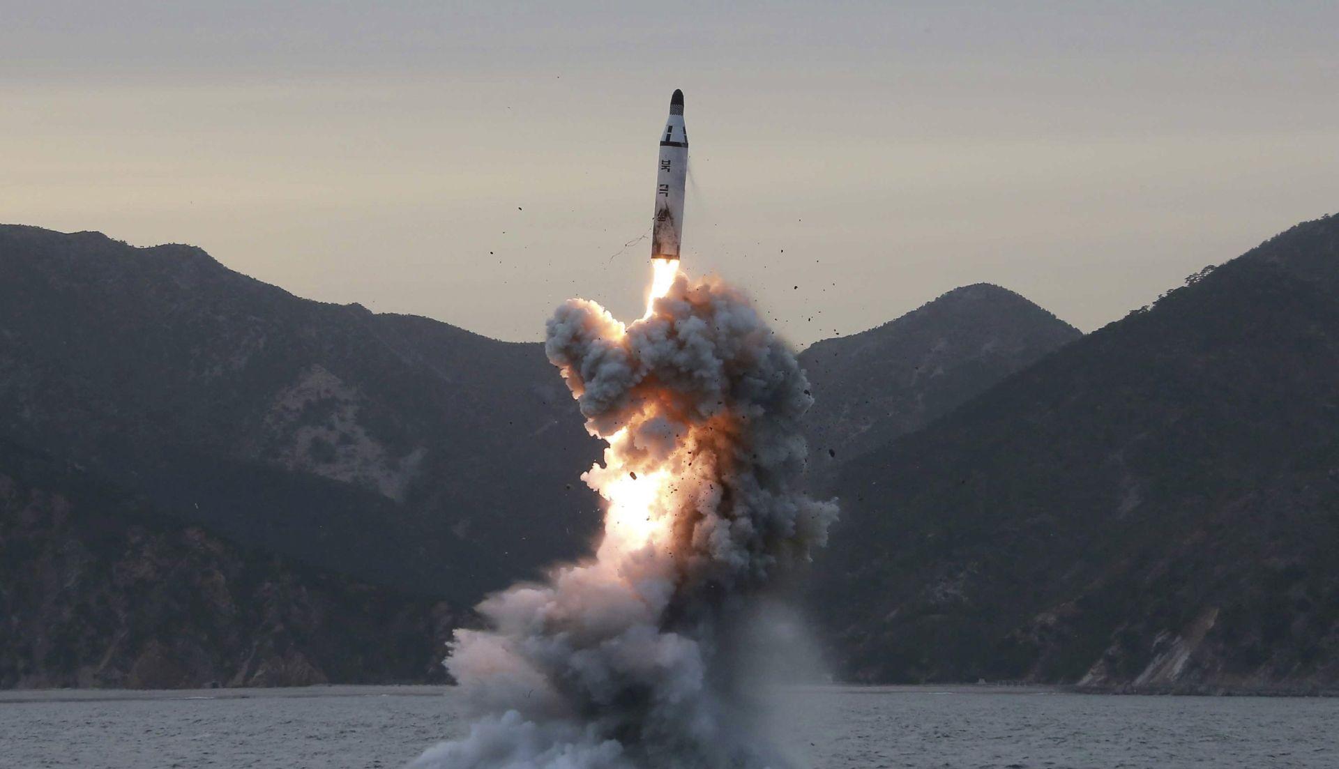 SJEVERNA KOREJA Još jedan neuspjeli pokušaj lansiranja balističkog projektila