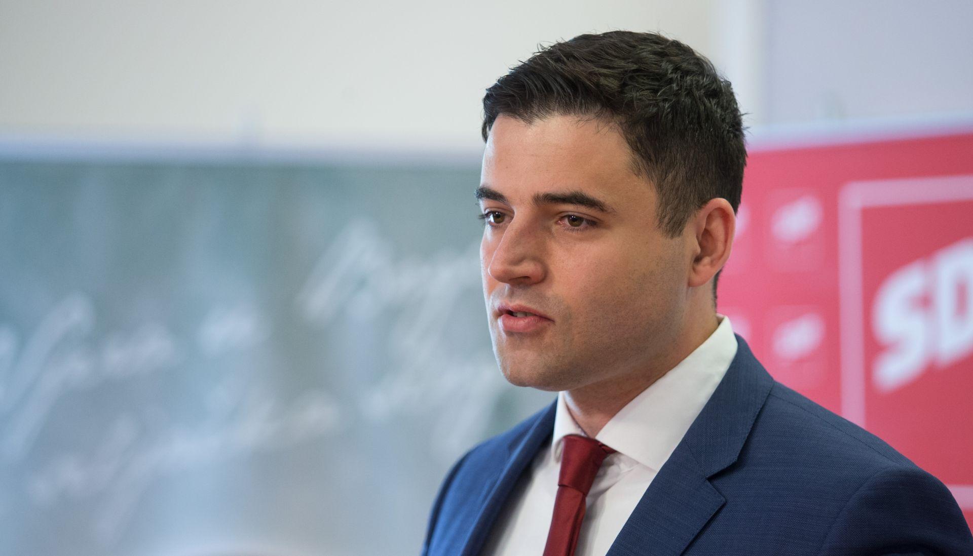 Bernardić 'pješice' zbraja 80 glasova