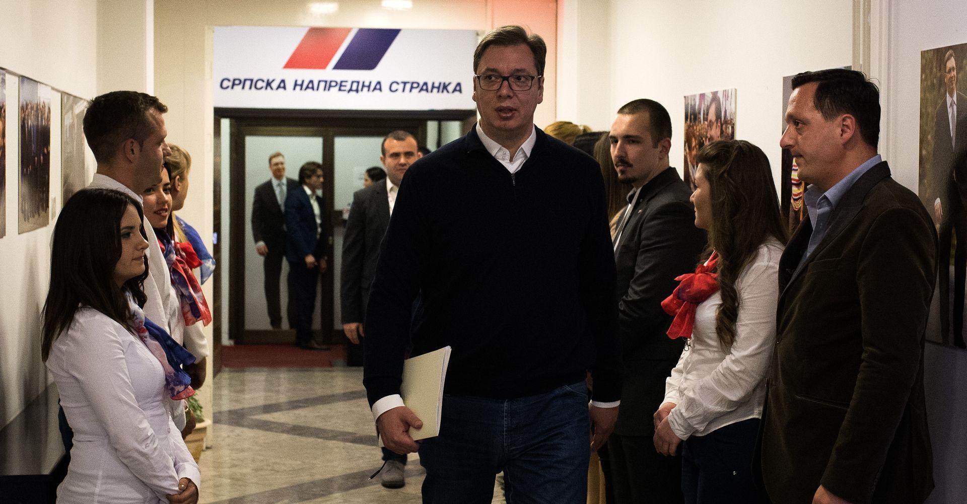 Vučić najavio susret i razgovor s Plenkovićem o Agrokoru