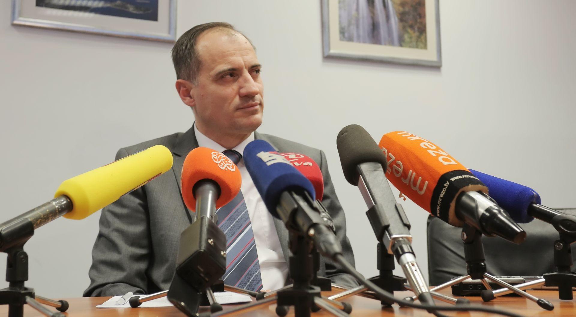 DOBROVIĆ 'U Osijeku i Poreču 609 milijuna kuna iz EU za pročiščivaće'