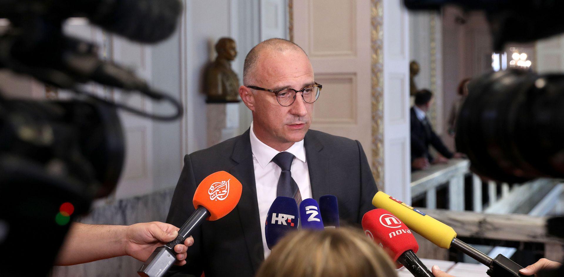 """VRDOLJAK """"Ovaj zakon ne popravlja situaciju u Agrokoru niti će sanirati štetu koja je nastala"""""""