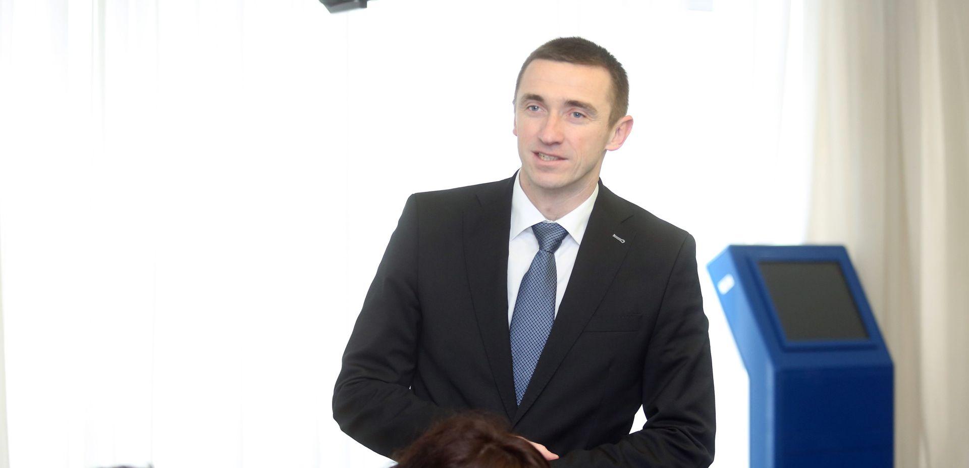 PENAVA 'Dugoročno rješenje za Borovo nalaženje strateškog partnera'
