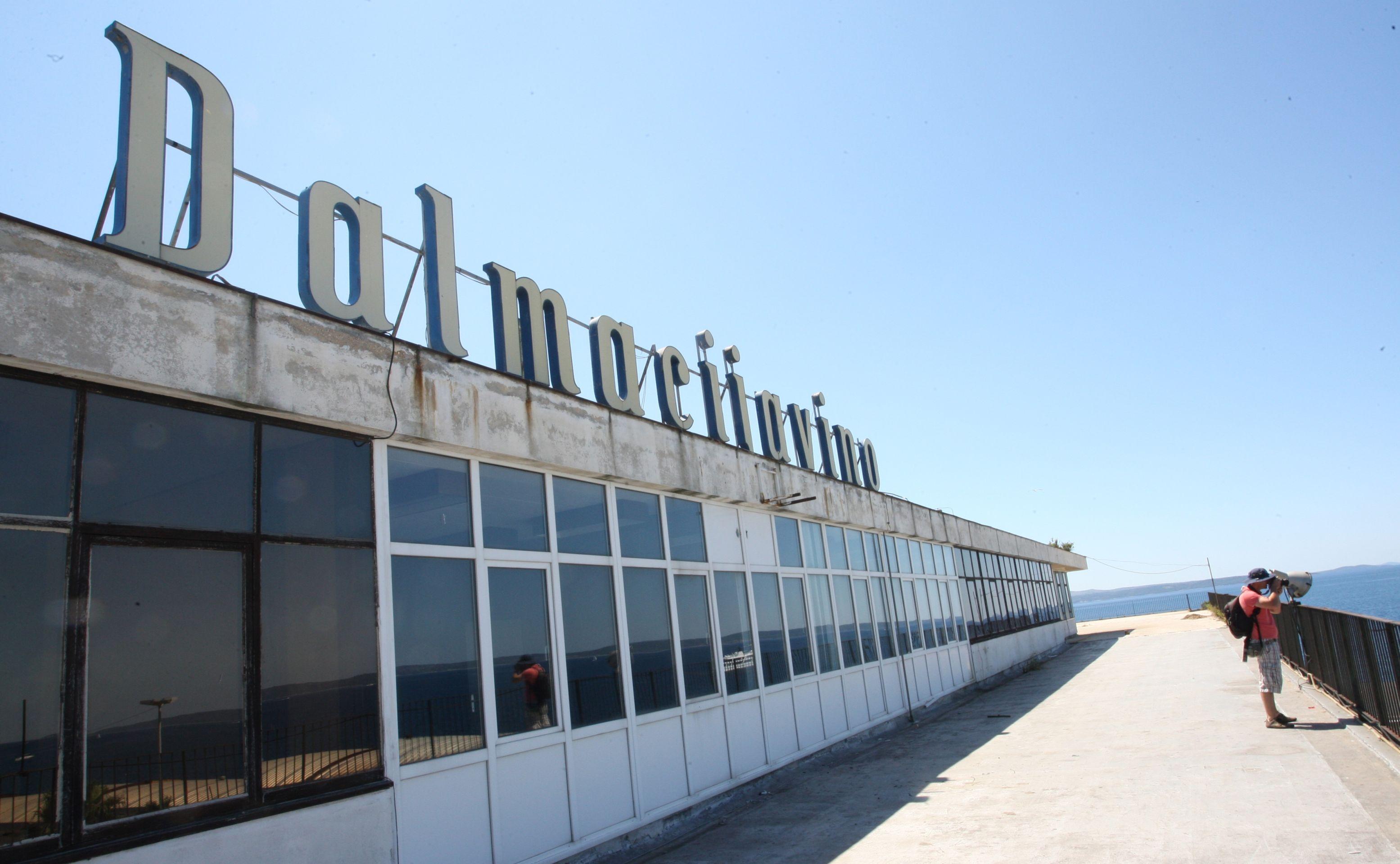 SPLIT U napuštenoj zgradi Dalmacijavina pronađen leš u stanju raspadanja