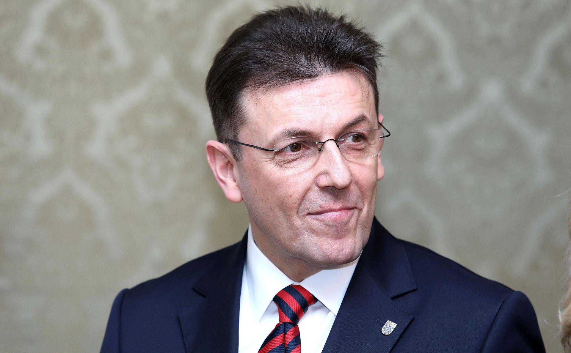 LUKA BURILOVIĆ 'Pred povjerenikom najveći gospodarski izazov u novijoj hrvatskoj povijesti'