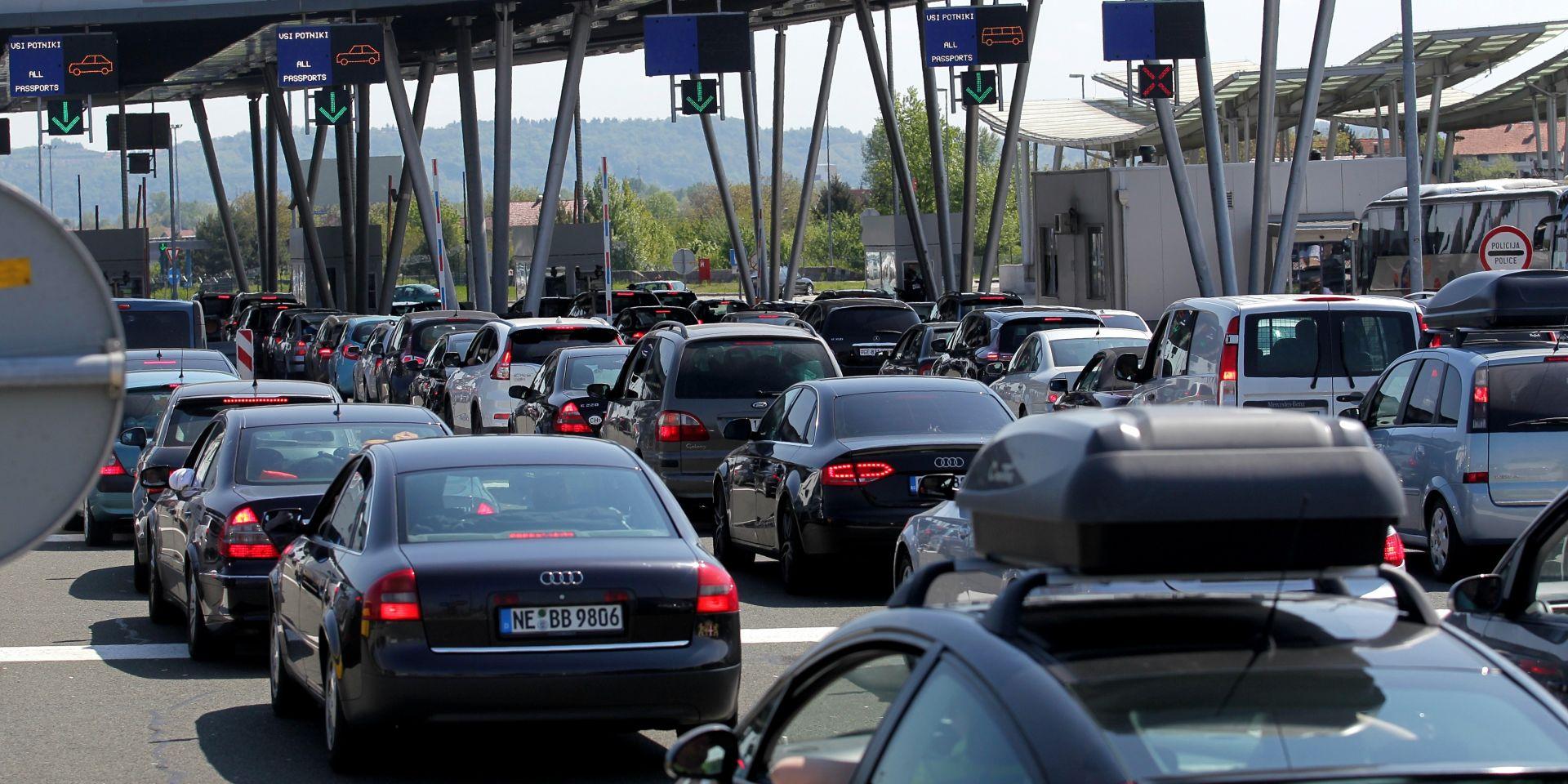 HAK Pojačan ulazak vozila na graničnim prijelazima Macelj, Rupa i Stara Gradiška
