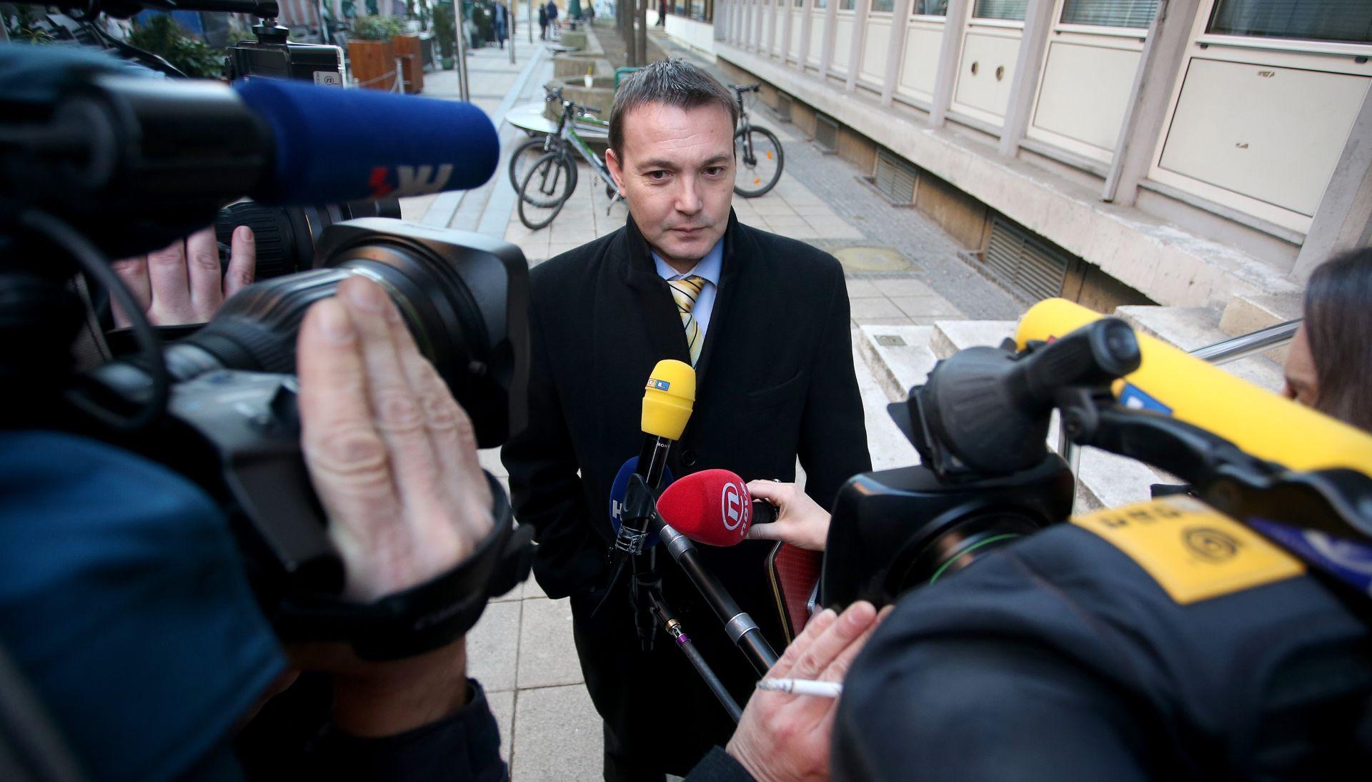 KRIZA VLADE Predsjedništvo i Glavni odbor SDP-a raspravljaju o političkoj krizi