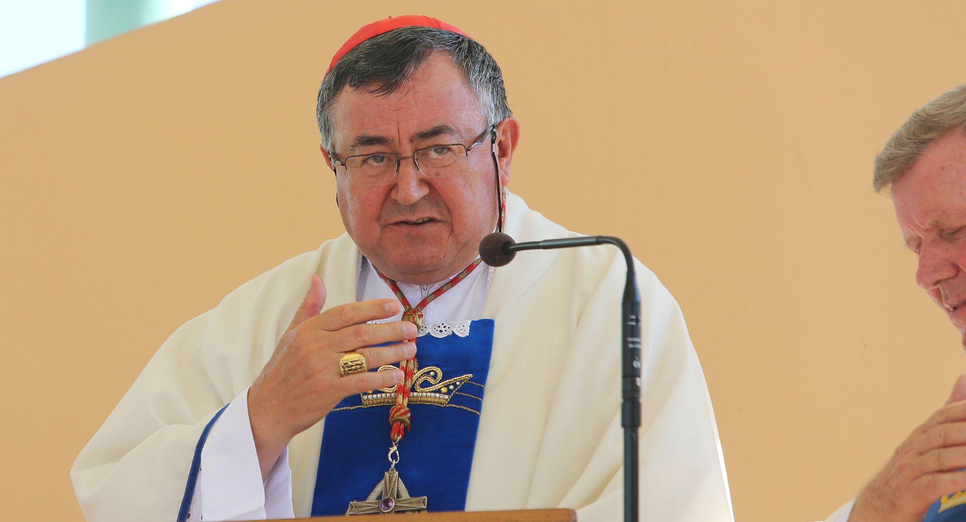 KARDINAL PULJIĆ 'Slaveći Uskrs slaviti život i braniti dostojanstvo čovjeka'