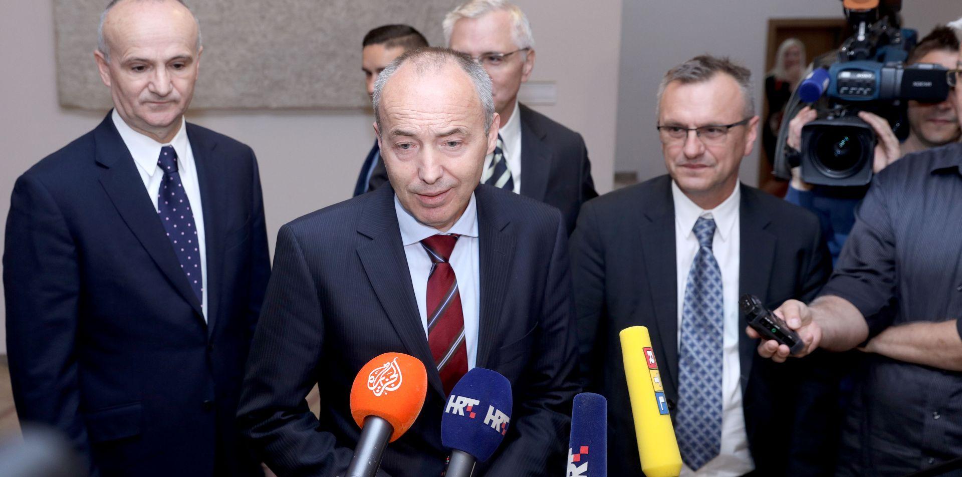 KRSTIČEVIĆ 'Strategijom nacionalne sigurnosti odgovoriti na sigurnosne ugroze'