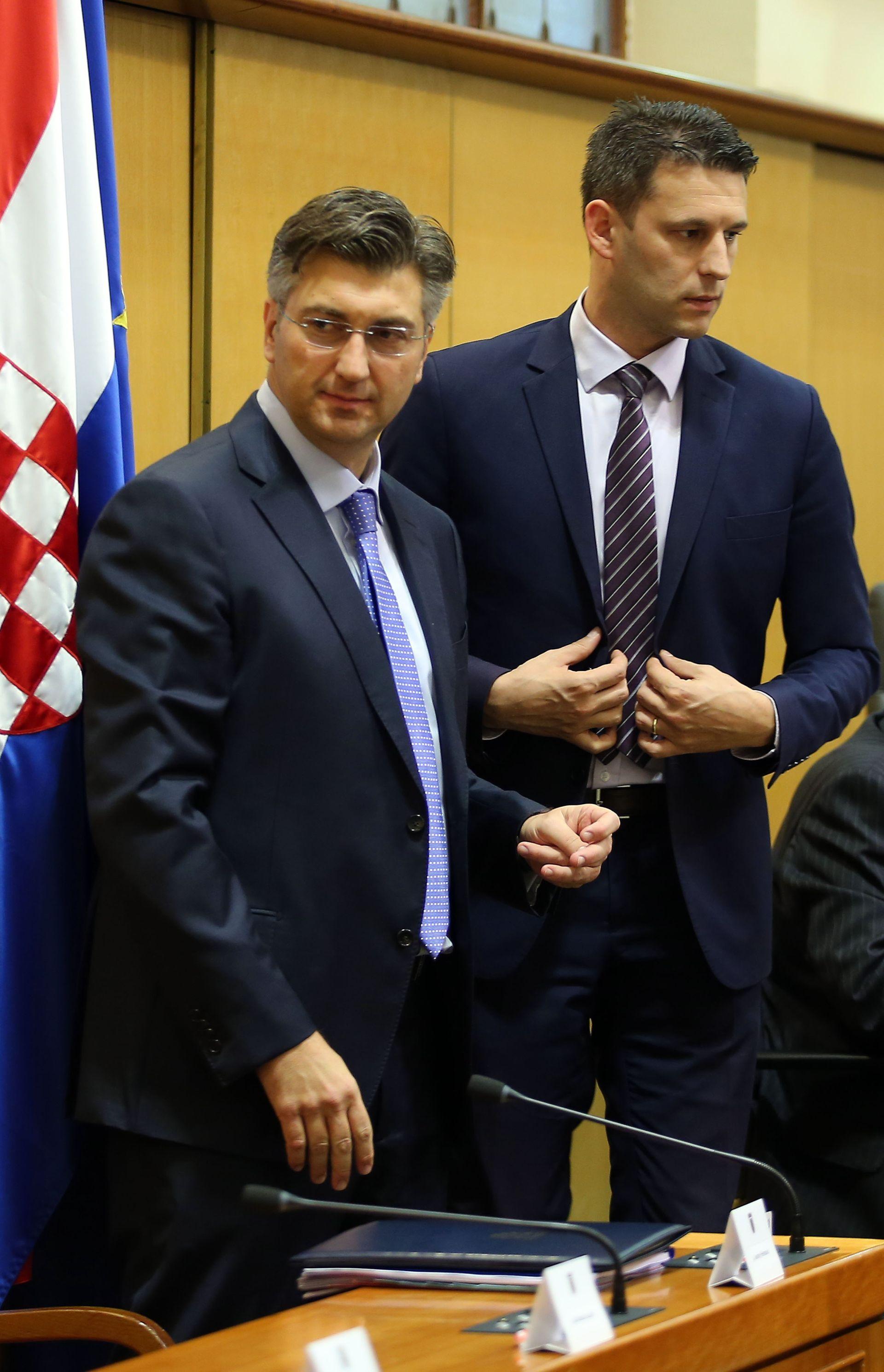PETROV 'HDZ ide u rušenje Vlade'