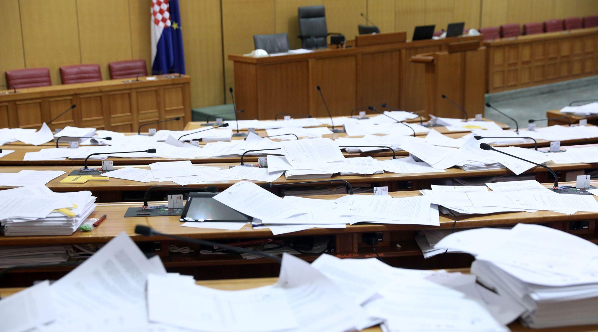 UVEDENE KAZNE Nedolazak na saborsku sjednicu zastupnici će platiti 170 kuna