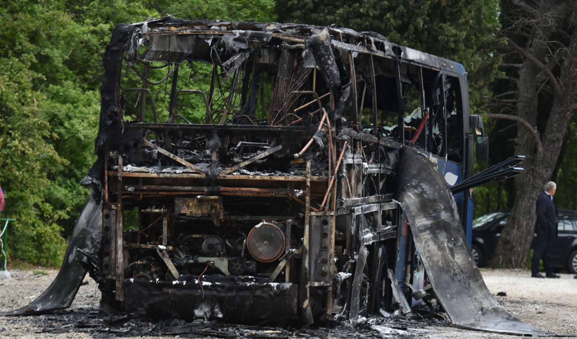 Autobus kod Plomina izgorio zbog kvara na električnim instalacijama