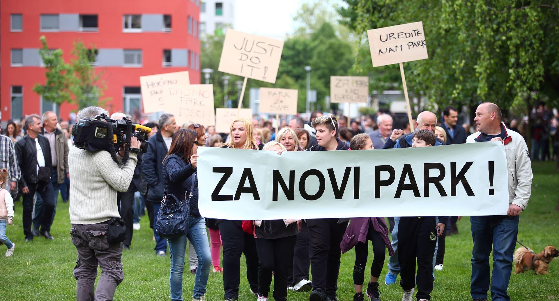 SAVICA Dvije grupe prosvjednika i 30-ak policajaca