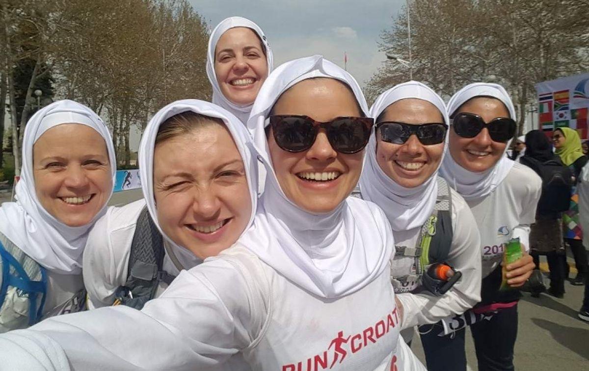 SUDJELOVALA I JEDNA HRVATICA Trkačicama zabranjeno sudjelovanje u teheranskom maratonu, same organizirale 'tajnu' utrku