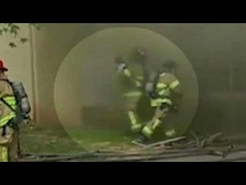 VIDEO: Vatrogasac uhvatio bebu s drugog kata zgrade