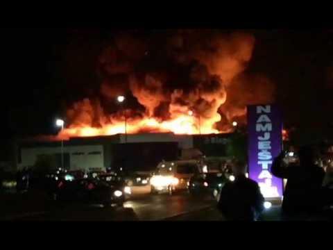 VIDEO: Izgorio tržišni centar Bingo kraj Mostara, šteta oko 6 milijuna eura