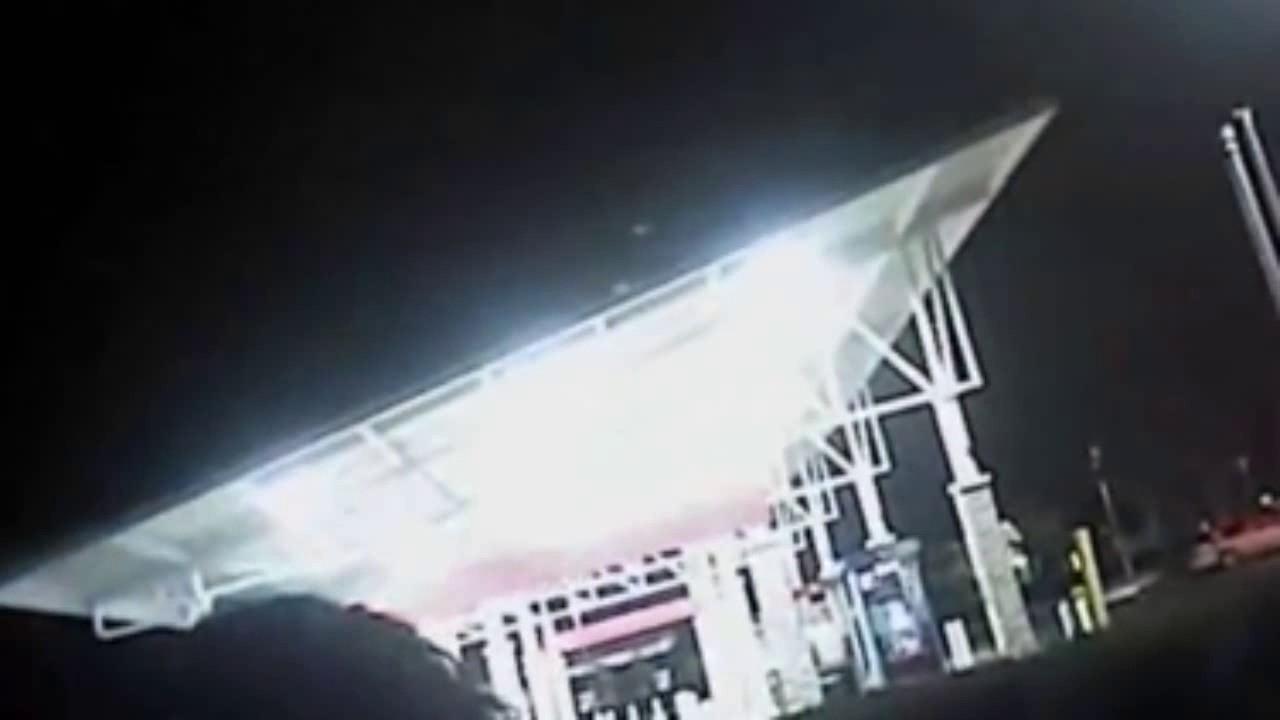 Policija rekla ženi da ih prestane zvati nekoliko sati prije nego je dečko ubio nju i sina