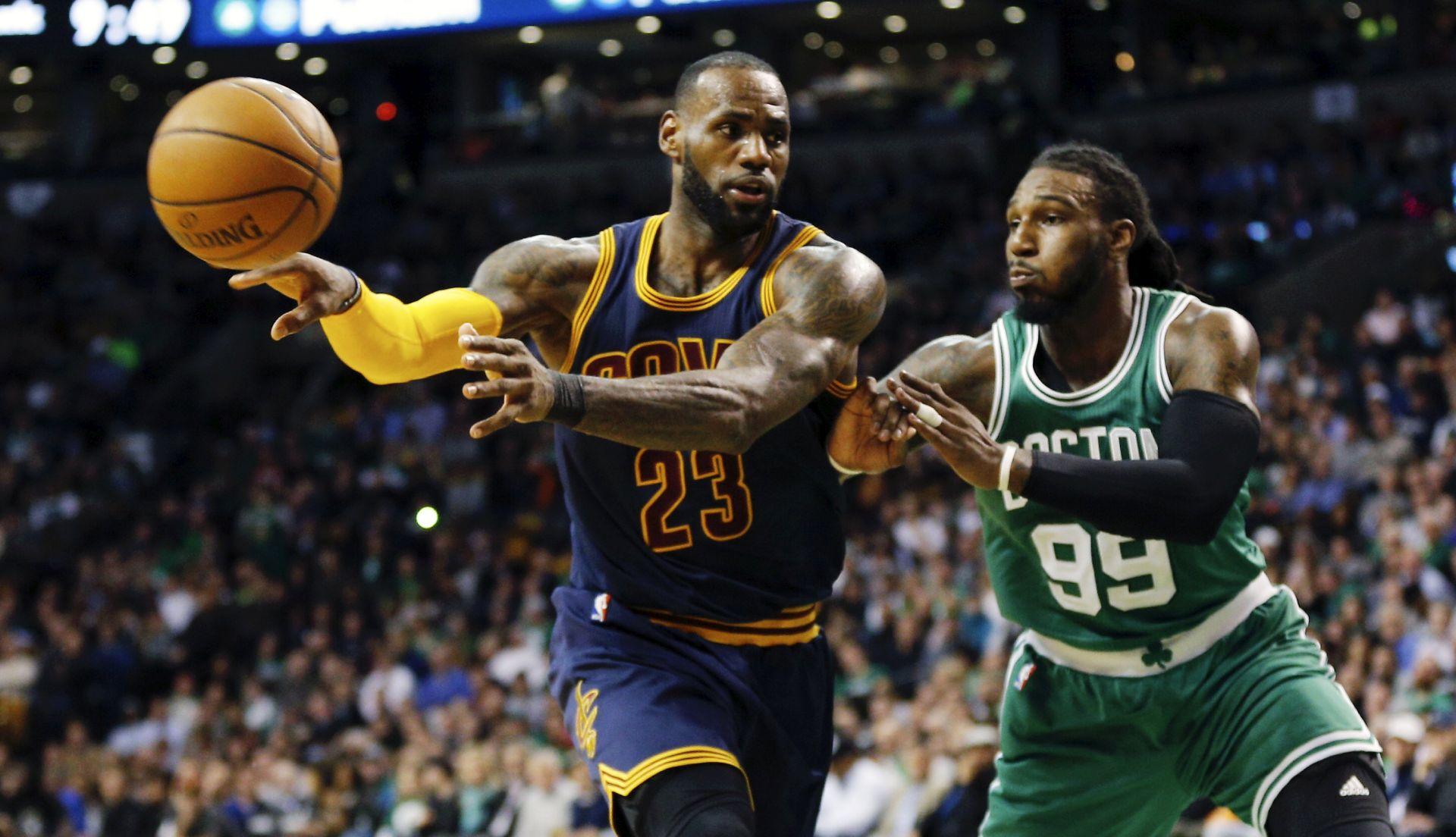 NBA James po 11. put u prvoj petorci sezone