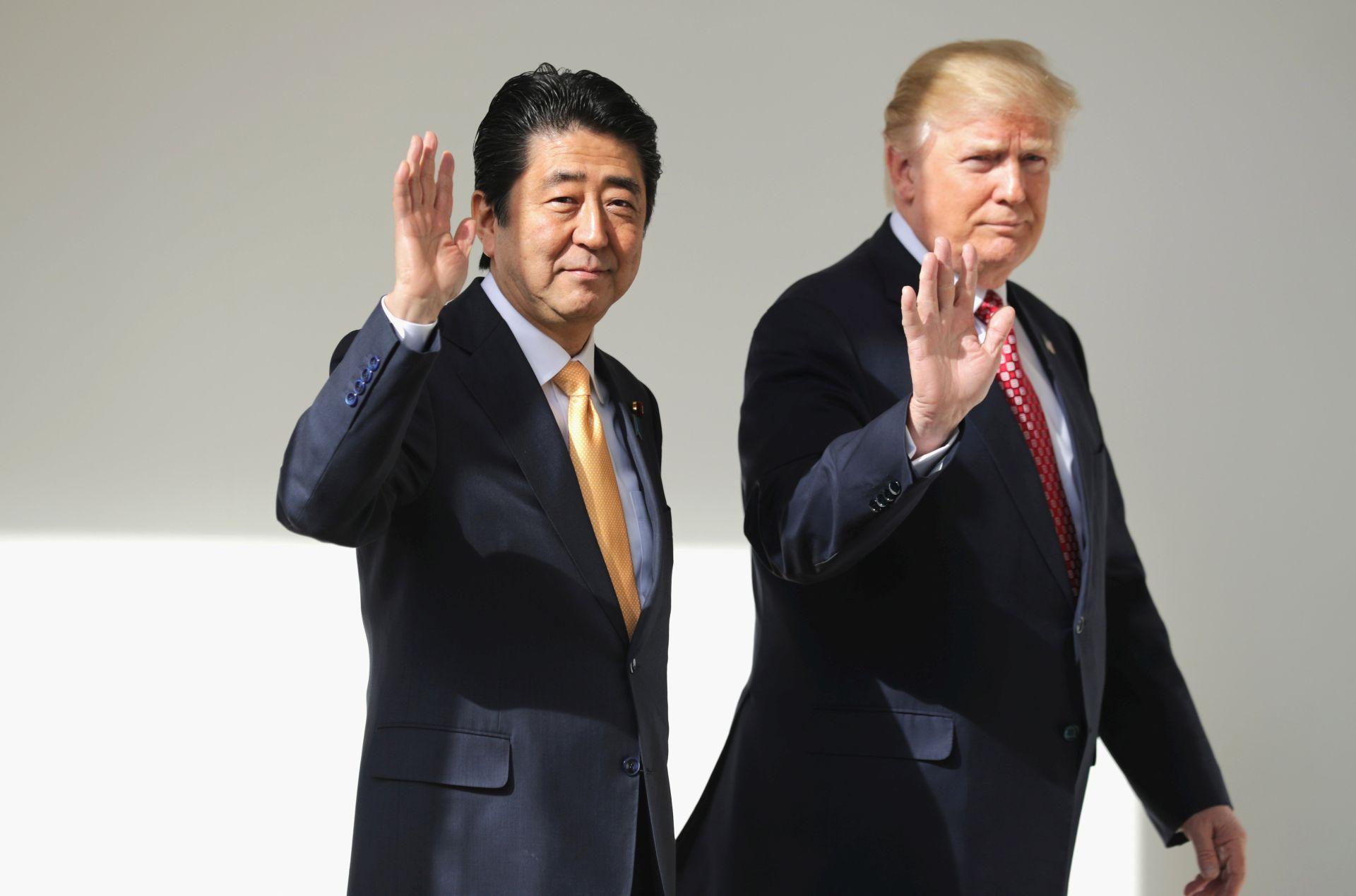 VIDEO: Japanski premijer Shinzo Abe ponovo na razgovorima kod Donalda Trumpa